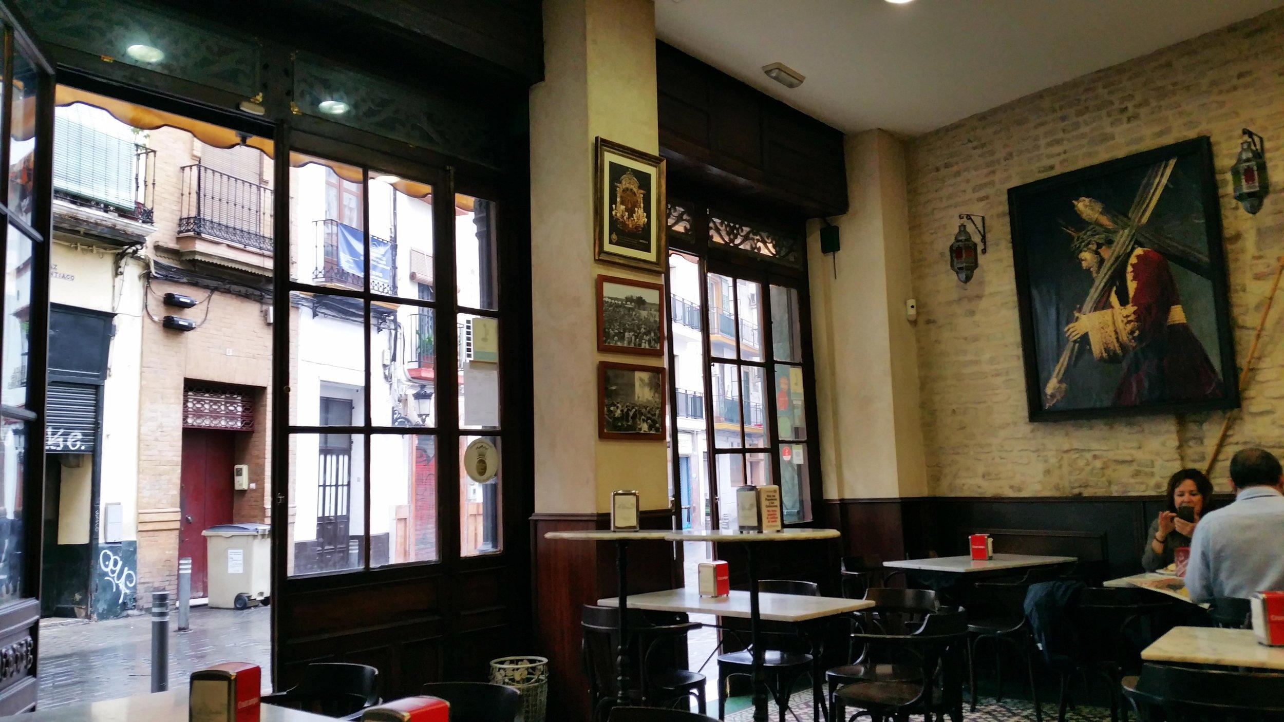 Tapas-bar-Seville.jpg