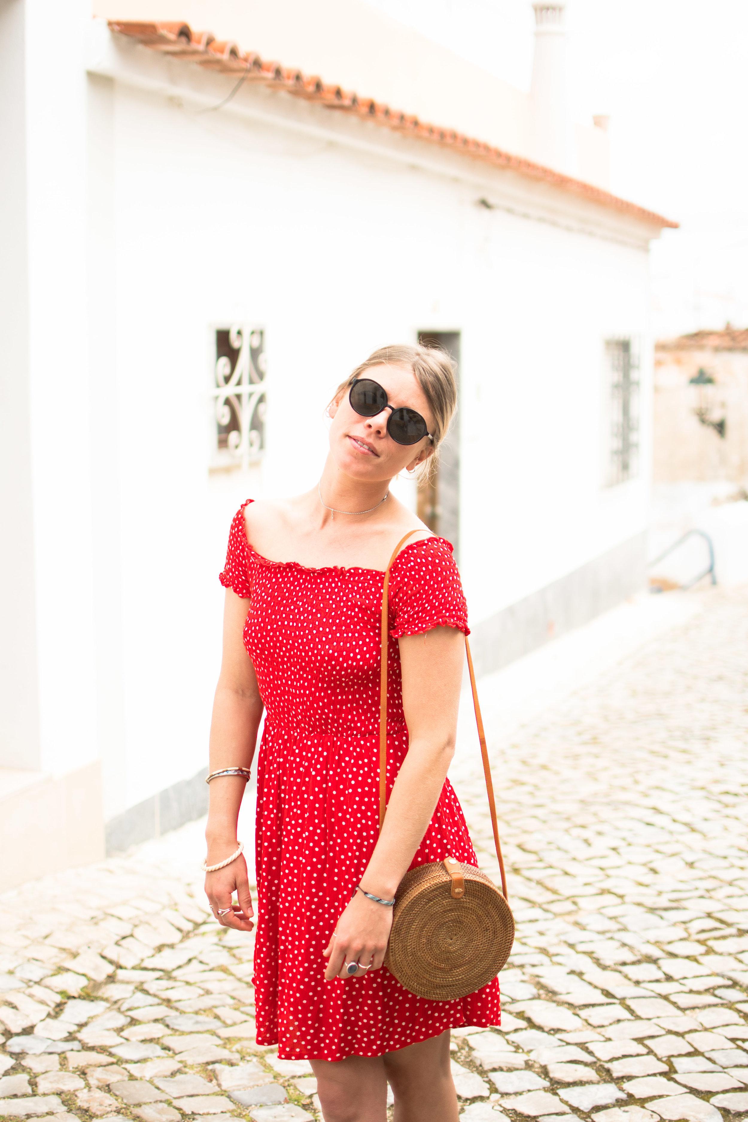 Rattan-bag-summer-dress.jpg