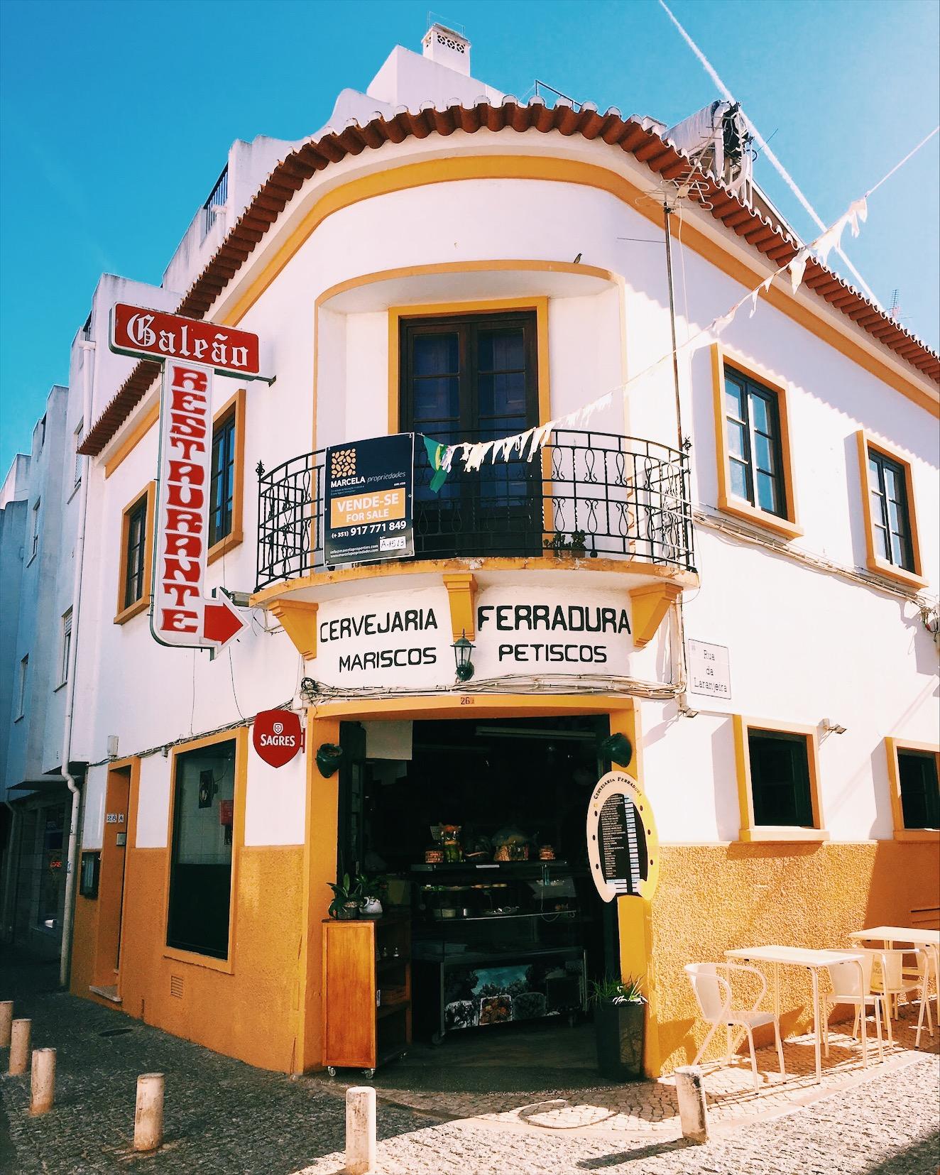 secret-bar-lagos-portugal.jpg