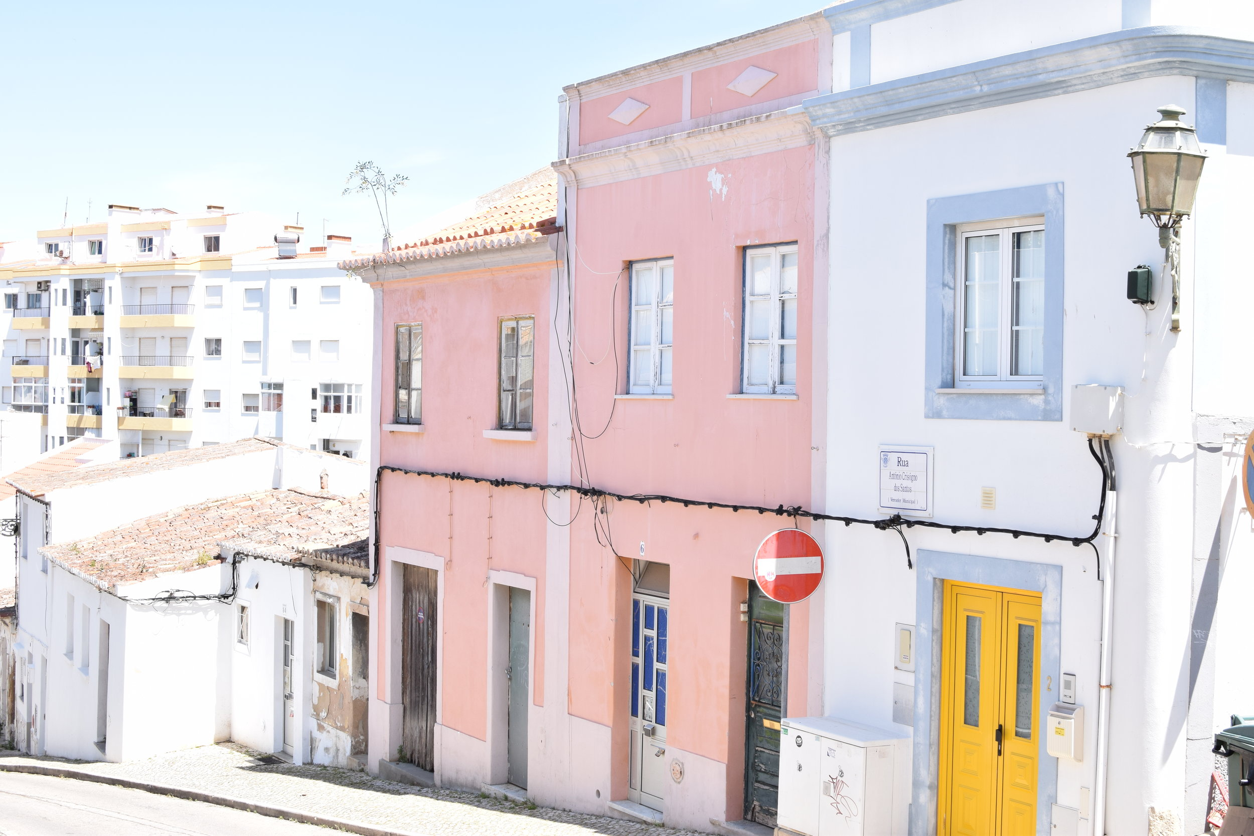Pink house | Finding colour inspiration in Lagos, Portugal | Soi 55 Travels8.JPG