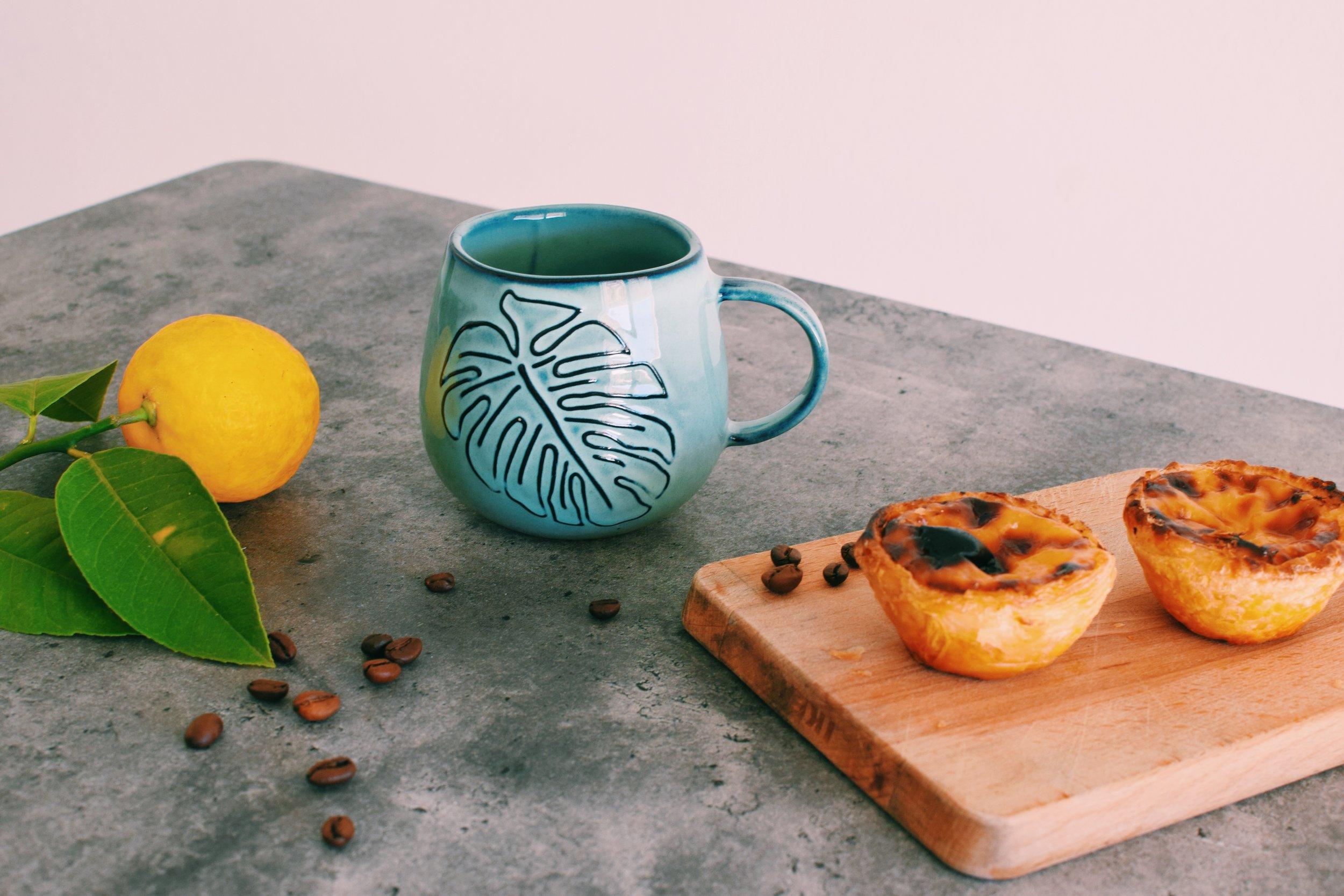 Monstera Ceramic Mug handmade in Portugal | Soi 55 Home