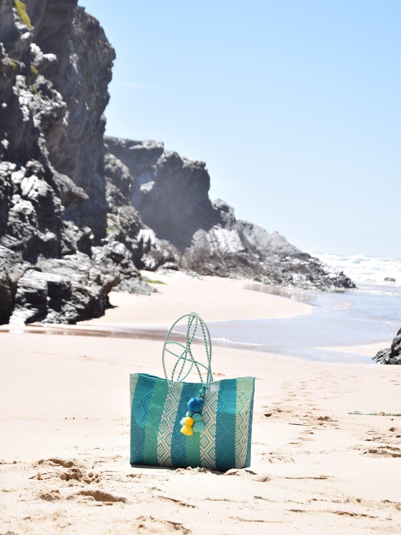 Recycled plastic beach tote Balea