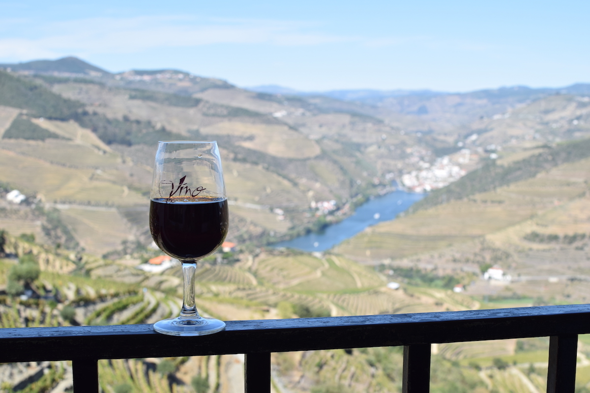 glass-of-port-with-valley-views.JPG
