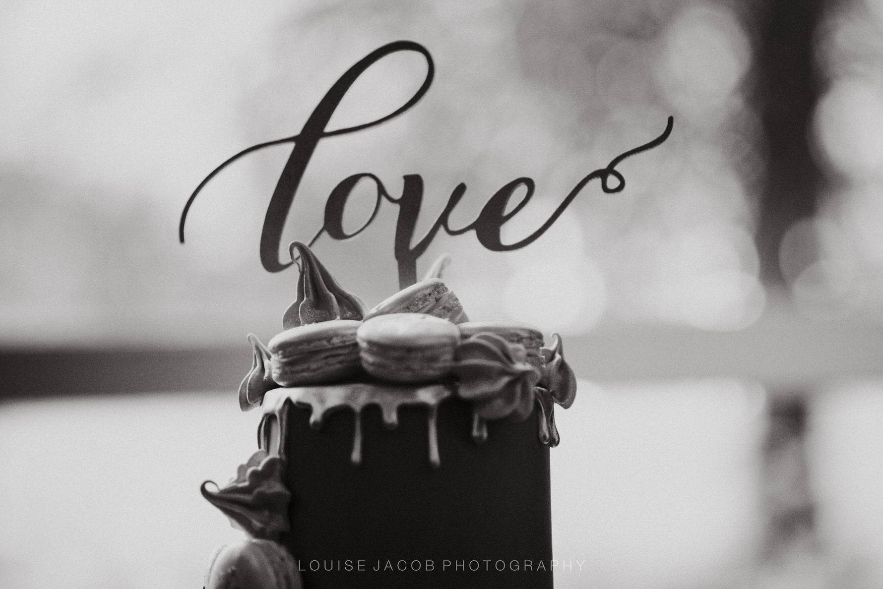 Documentary Wedding Photography by Louise Jacob