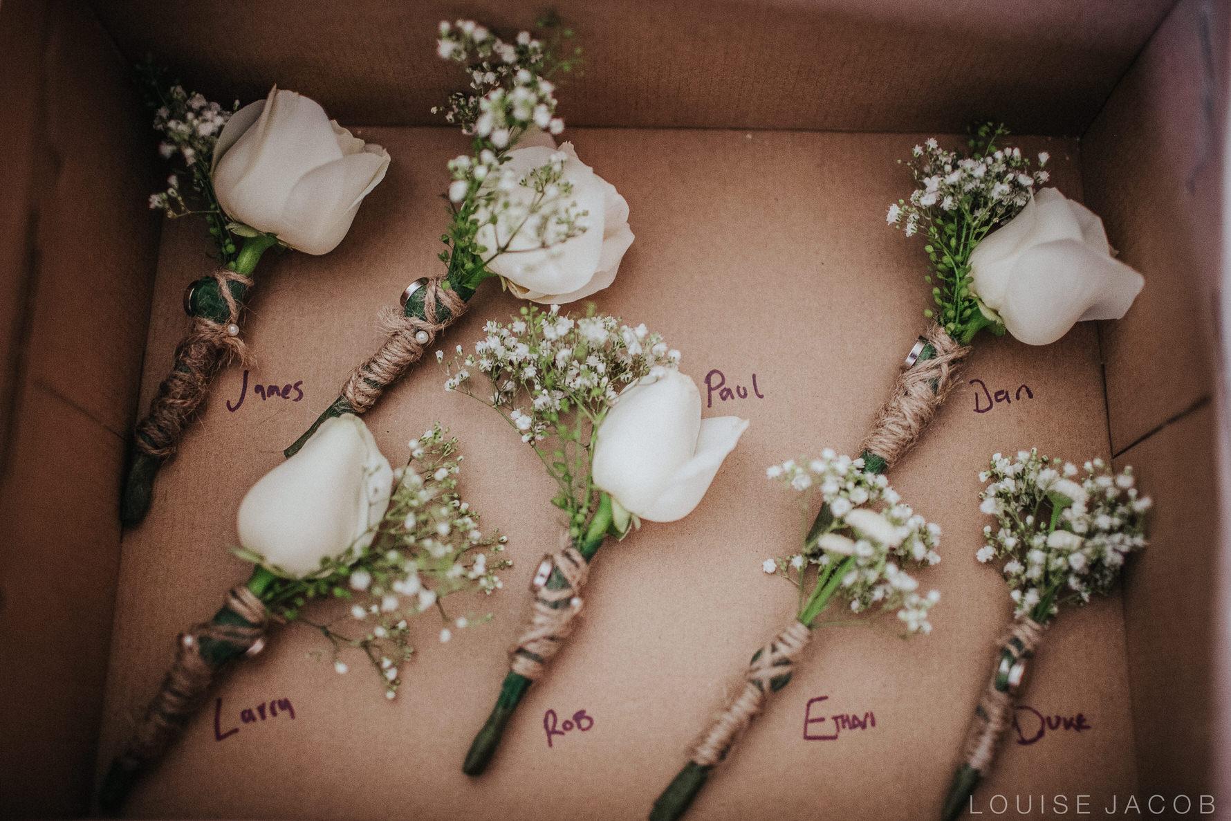 Documentary Wedding Photography buttonholes