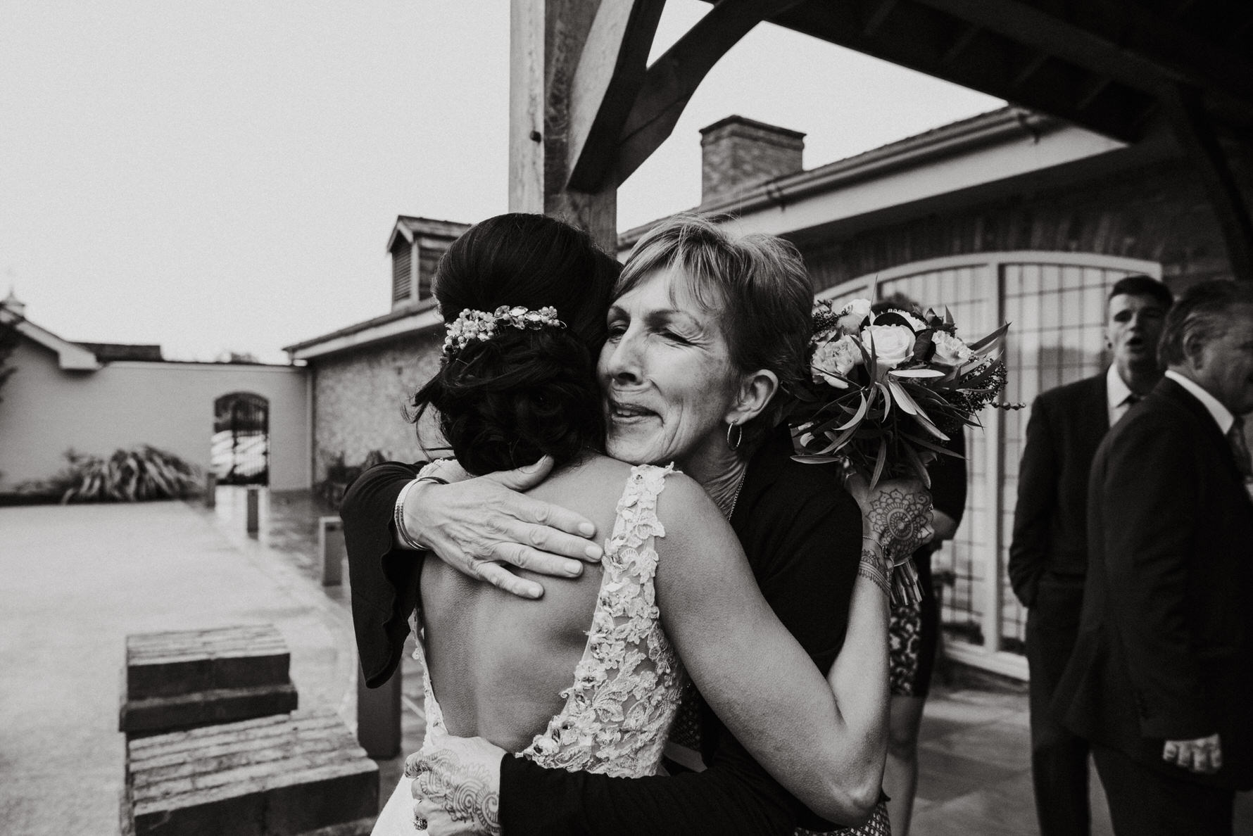 Documentary Wedding Photography - hugs
