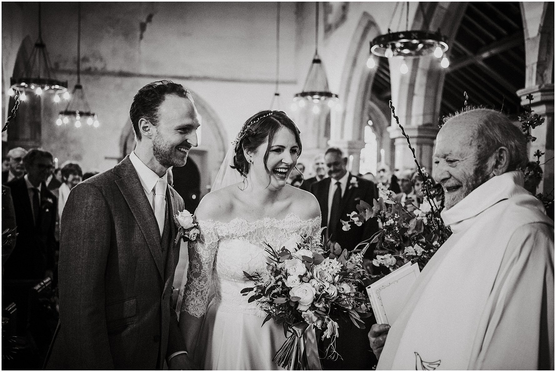 Cheshire unposed documentary wedding photography - Louise Jacob