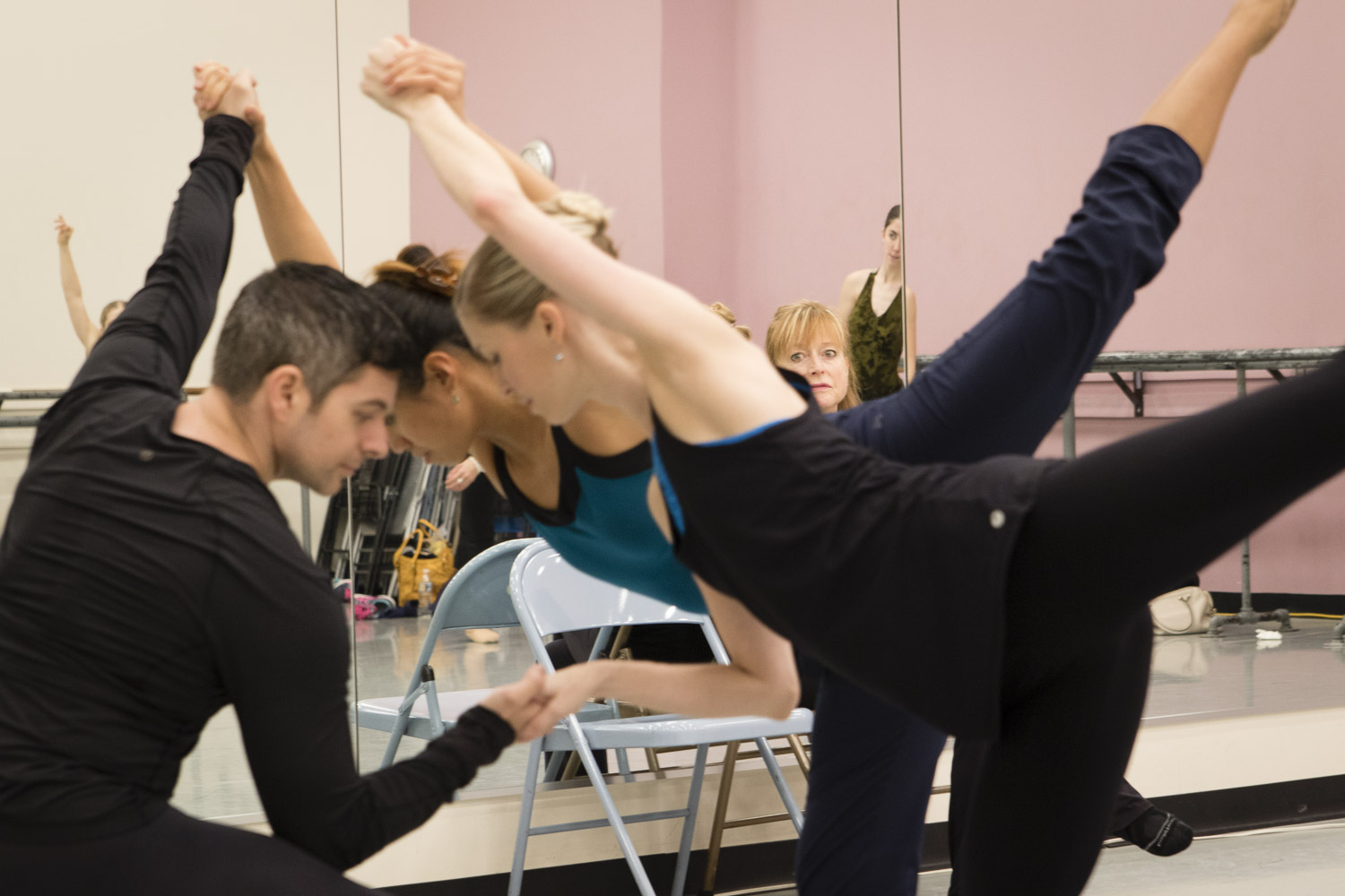 Bowen McCauley Dance Co. rehearsal at MD Youth Ballet, November 29, 2016. Photo: John St Hilaire | Lightenough.com