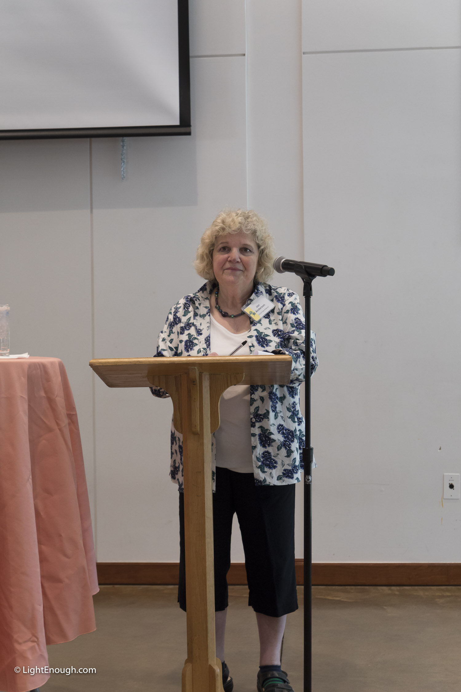 Jan Anderson at the June 2017 meeting of the UUCA Day Alliance. Allen Keiswetter speaker. Photos by John St Hilaire / LightEnough.com