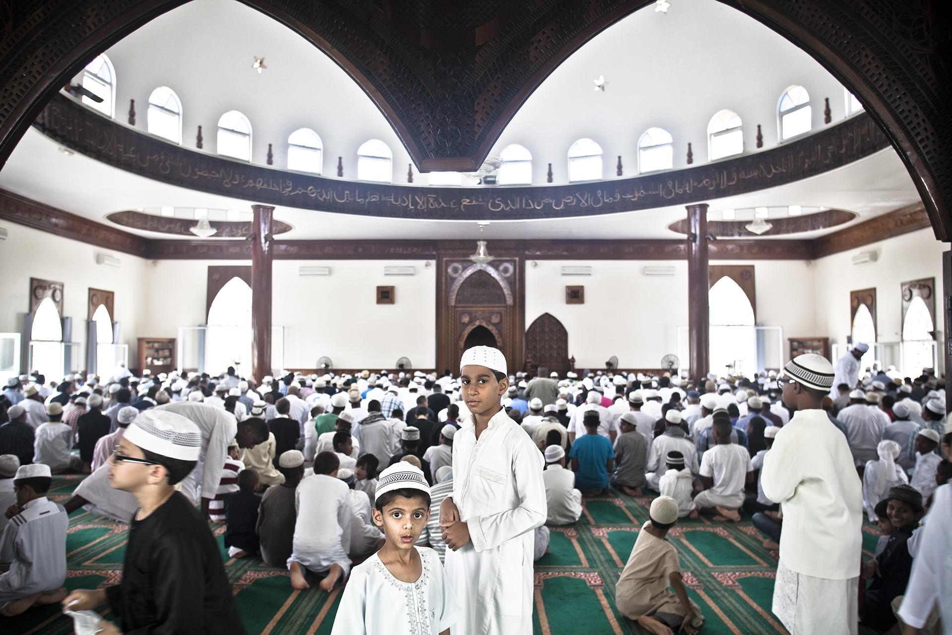 Saint-Pierre, Ile de la Réunion. Octobre 2012.La mosquée de Saint-Pierre est la plus grande de l'Île. Elle peut contenir 1200 fidèles pour la prière et jusqu'à 2500 personnes lors de discours.