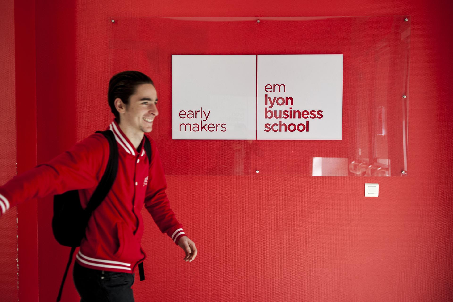EM LYON // BBA (Bachelor in Business Administration)Site de St Etienne51 COURS FAURIEL, 42 St Etienne
