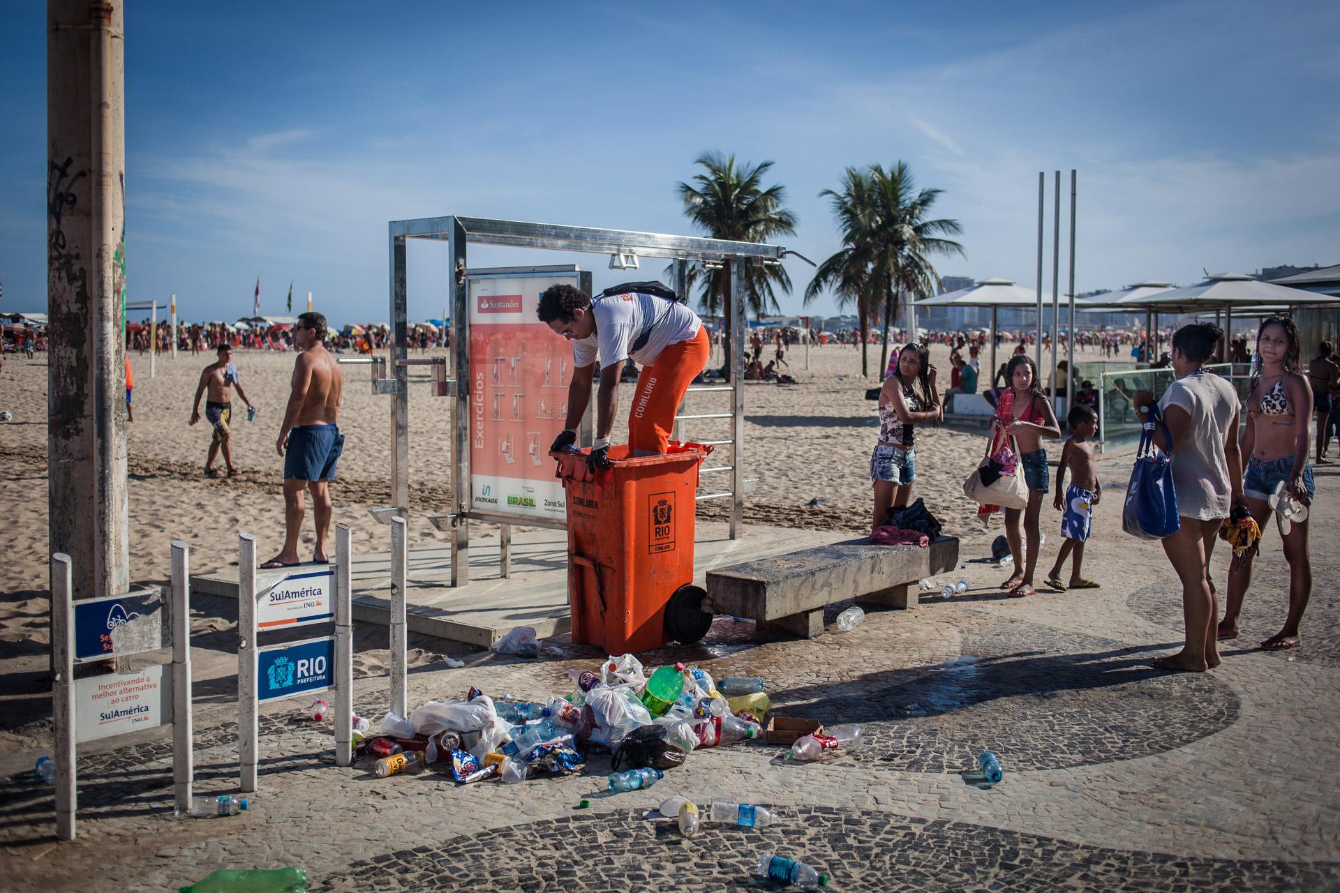 Rio de Janeiro, le 20 Novembre 2013. Plage de Copacabana.Rio de Janeiro, November 20, 2013. Copacabana beach.