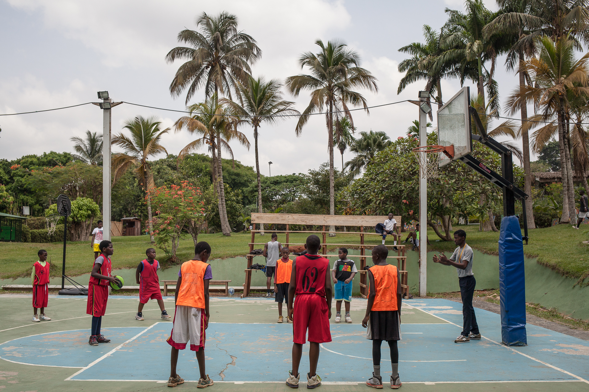 ESPN - Cameroonian roots of NBA Basketball players