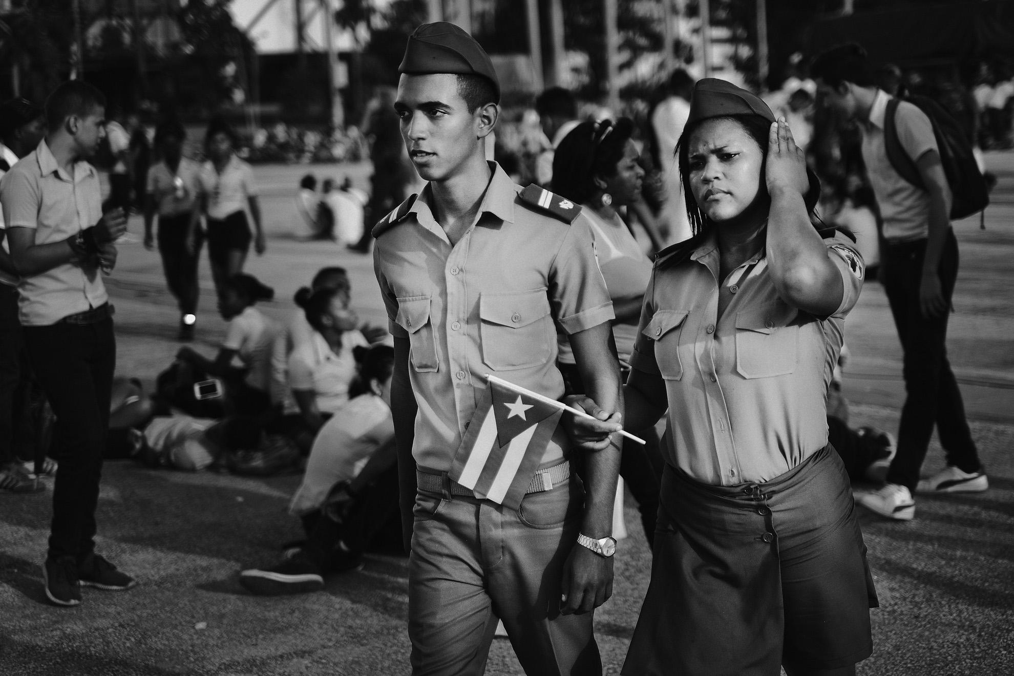 Jeunes militaires venus assister a la ceremonie officielle place de la revolution a Santiago de Cuba donnee a l occasion de la disparition de Fidel Castro survenue le 25 novembre 2016 3 decembre 2016