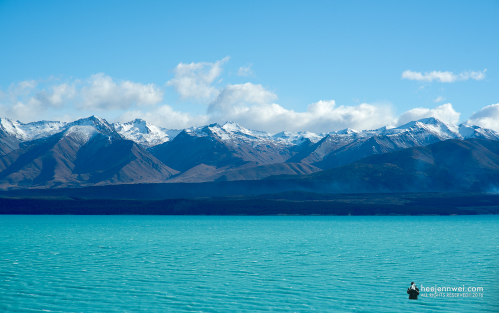 Lake Pukaki, South Island New Zealand, route from Queenstown to Lake Tekapo.