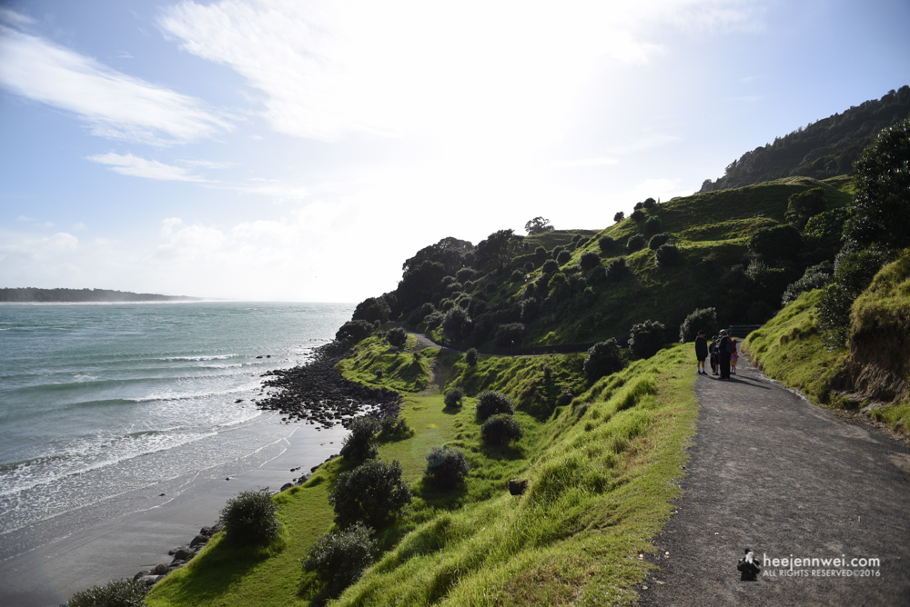 Trail around the sacred mountain Mauao (Mt. Maunganui)