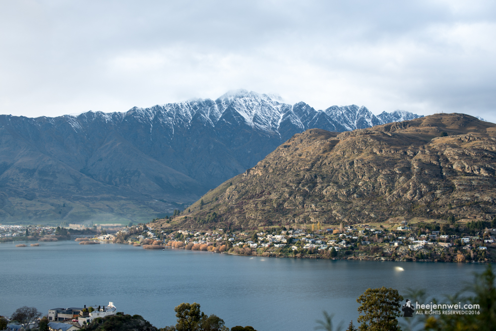 Morning view of Queenstown City, surrounding mountains with Lake Wakatipu.