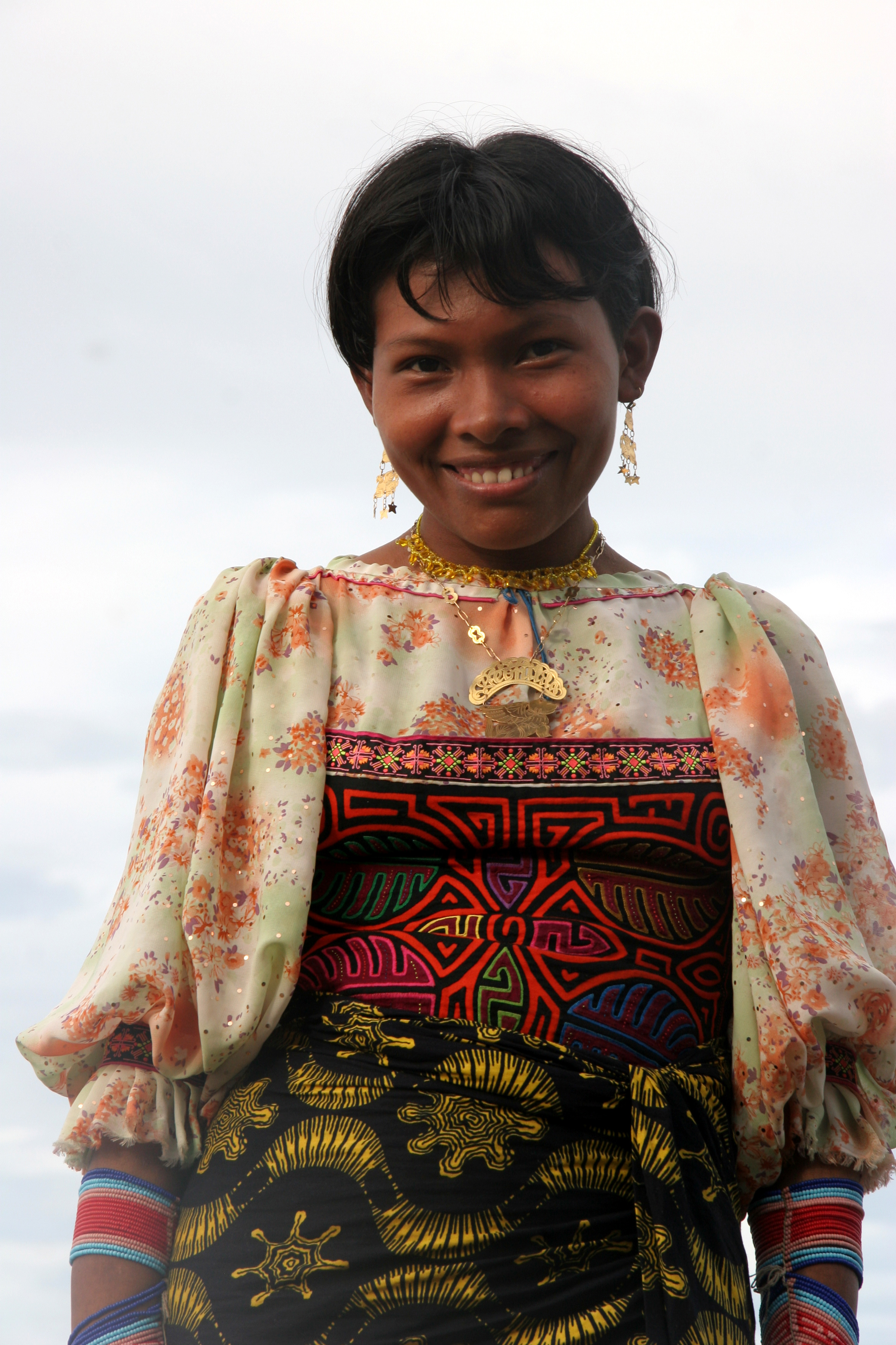 Figure 1: A young Cuna woman from the San Blas Islands, Panama. Photo credit: Yves Picq  http://veton.picq.fr  GFDL ( http://www.gnu.org/copyleft/fdl.html )