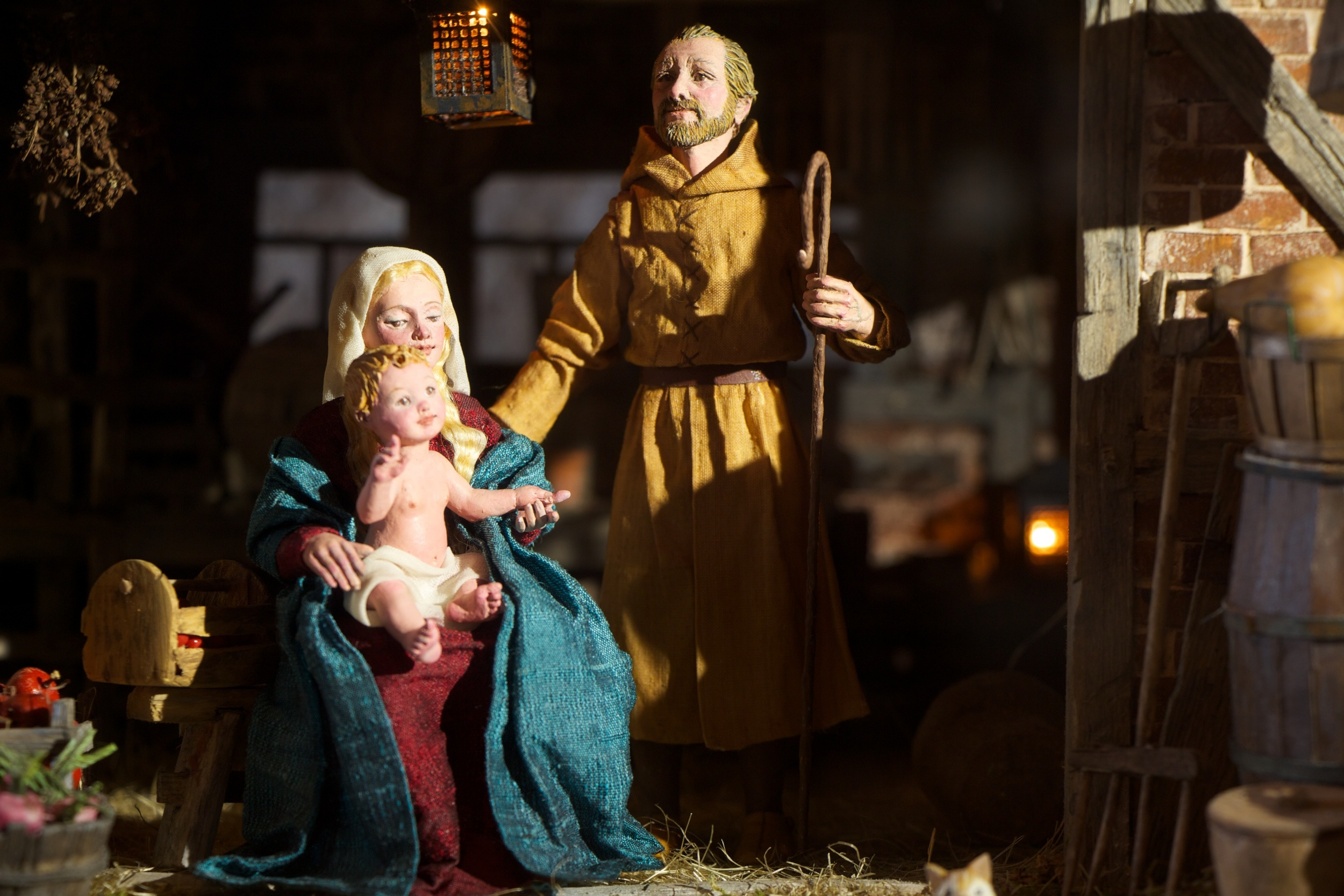 Figure 6: Karen Loccisano and R. Michael Palan, a husband-and-wife team of professional artists from Westchester County, New York, have been working on this 16th-century Flemish Nativity over the past year. Visitors to Glencairn's  World Nativities  exhibition in 2013 may also remember their highly detailed American Presepio Nativity scene.