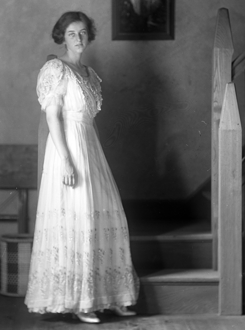 This photograph of Carina Glenn, Raymond Pitcairn's sister-in-law, was taken by him in the photographic studio he built across the street from Cairnwood. It won second prize in 1913 at the Eighth Annual Exhibition of Photographs held by John Wanamaker in Philadelphia.