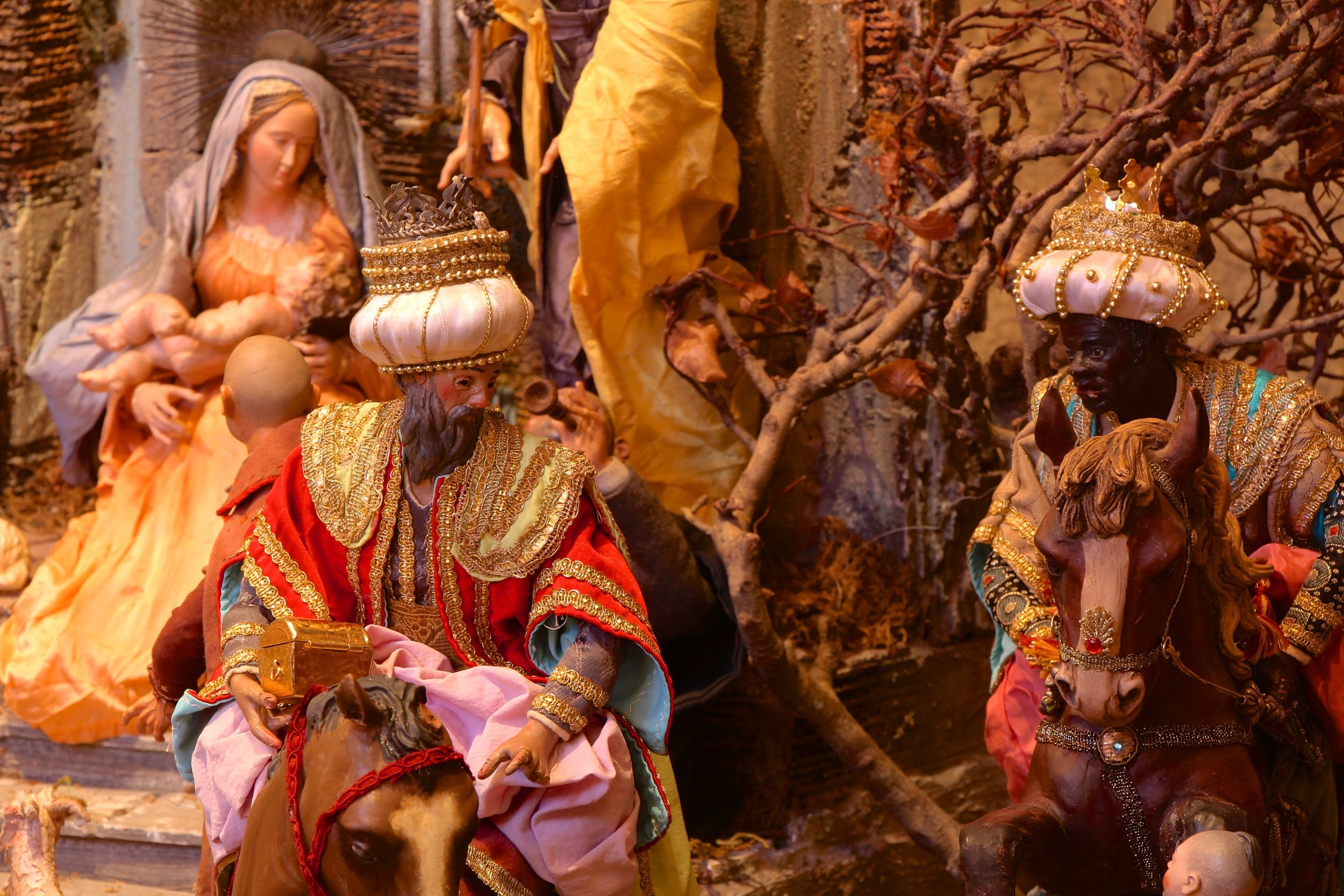 Figure 20: The wise men arrive on horses, carrying costly gifts of gold, frankincense and myrrh for the Christ Child.