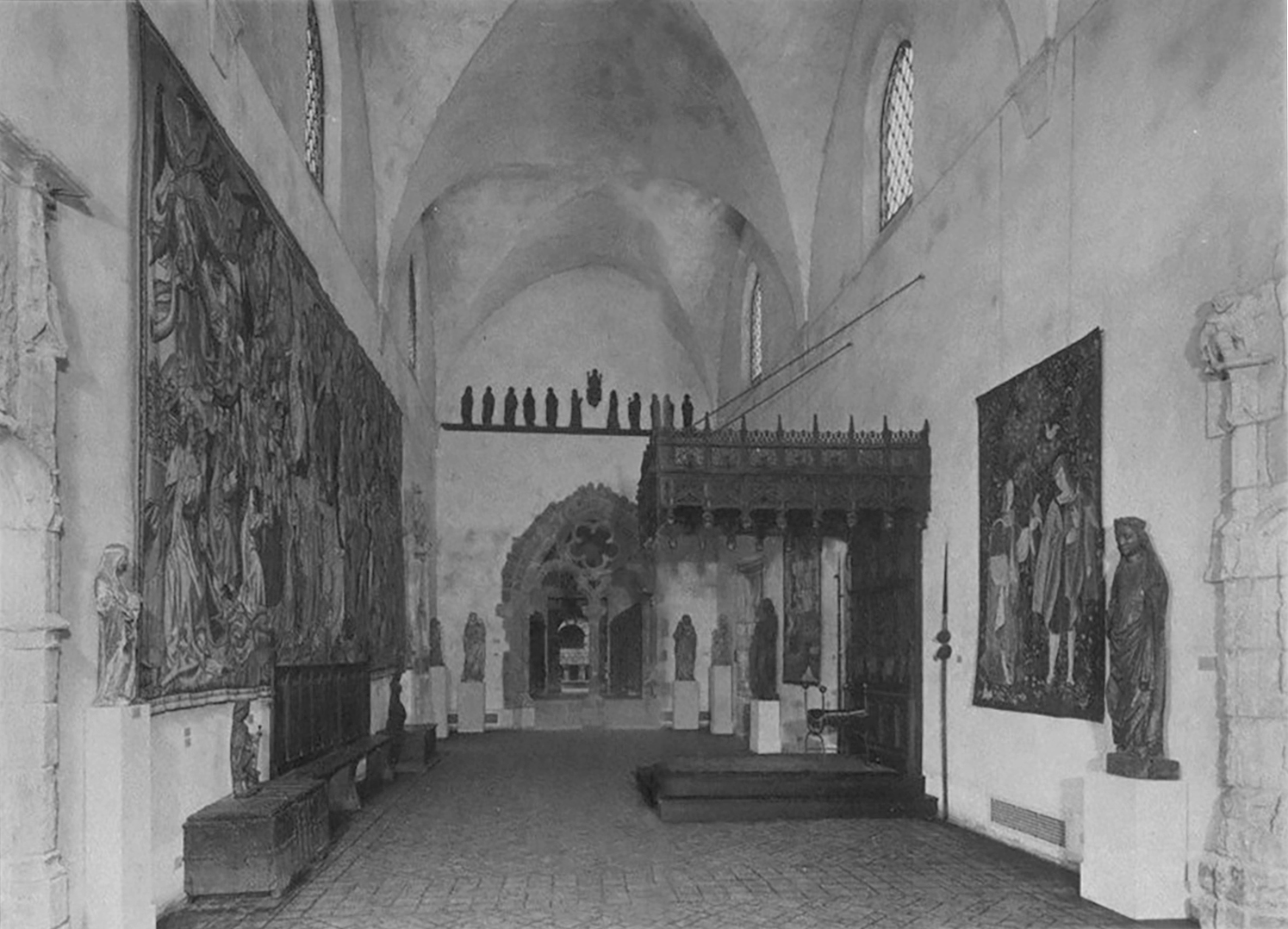 """Figure 2: View of the """"Gothic Hall"""" gallery, March 1931, Philadelphia Museum of Art."""