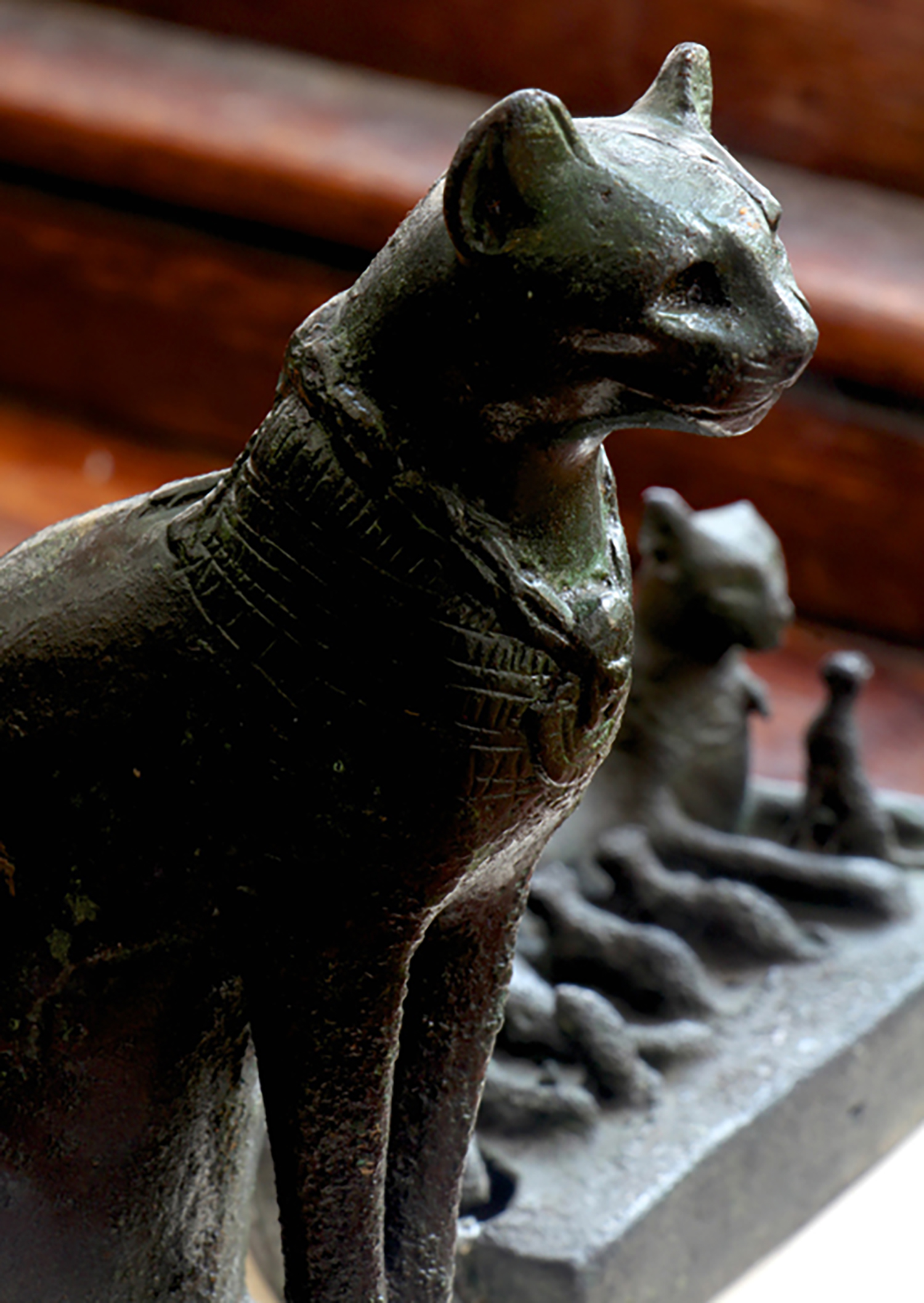 Glencairn's seated bronze cat votive, Late Period (664-332 BCE).