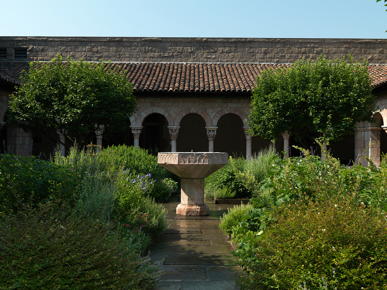 Figure 3: View of the Cuxa Cloister at the Cloisters Museum in New York City. From the Benedictine monastery of Saint-Michel-de-Cuxa (San Miguel de Cuixà), near Perpignan, France, ca. 1130–40. Image © The Metropolitan Museum of Art, New York.