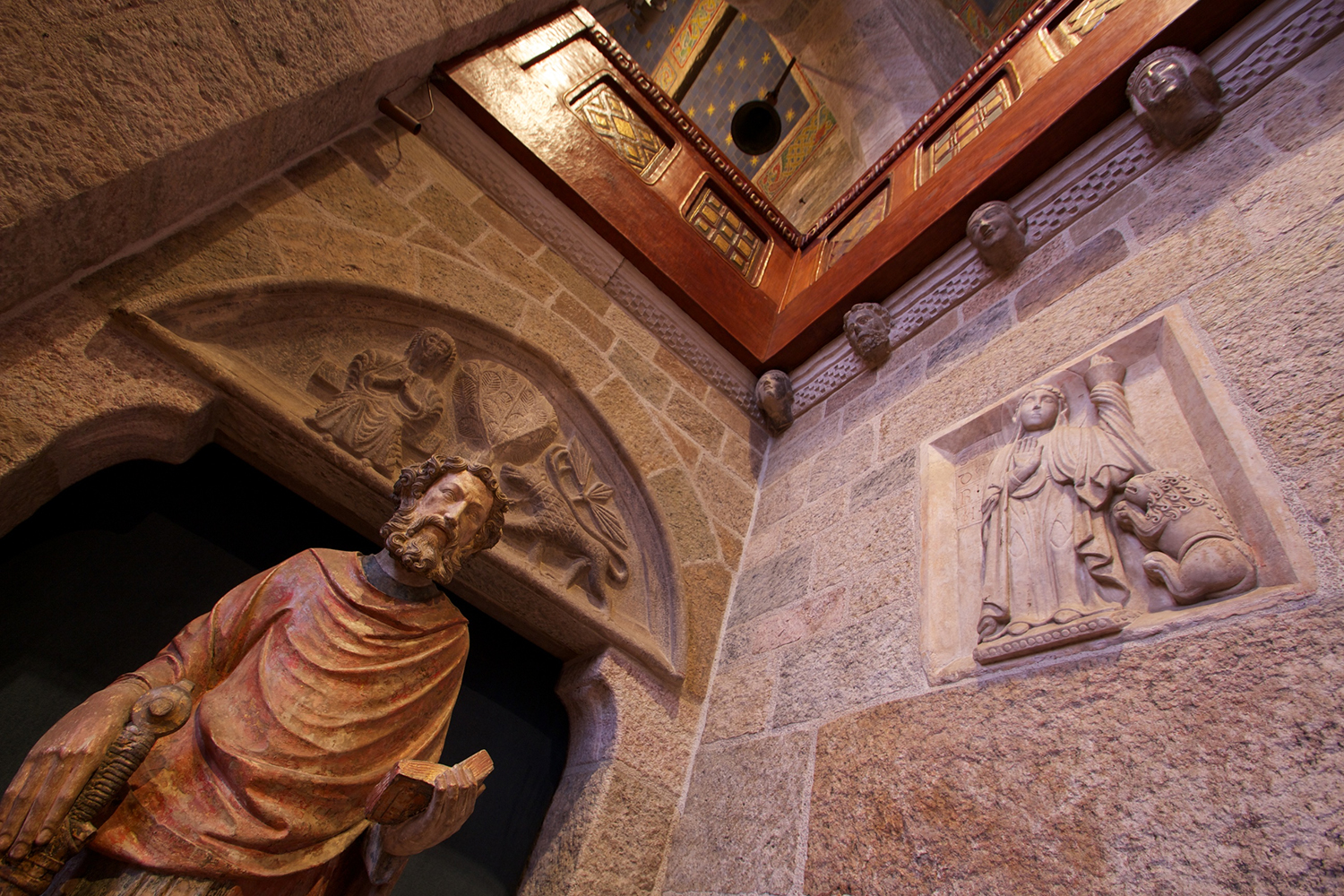 Figure 8: A corner in Glencairn's Great Hall.