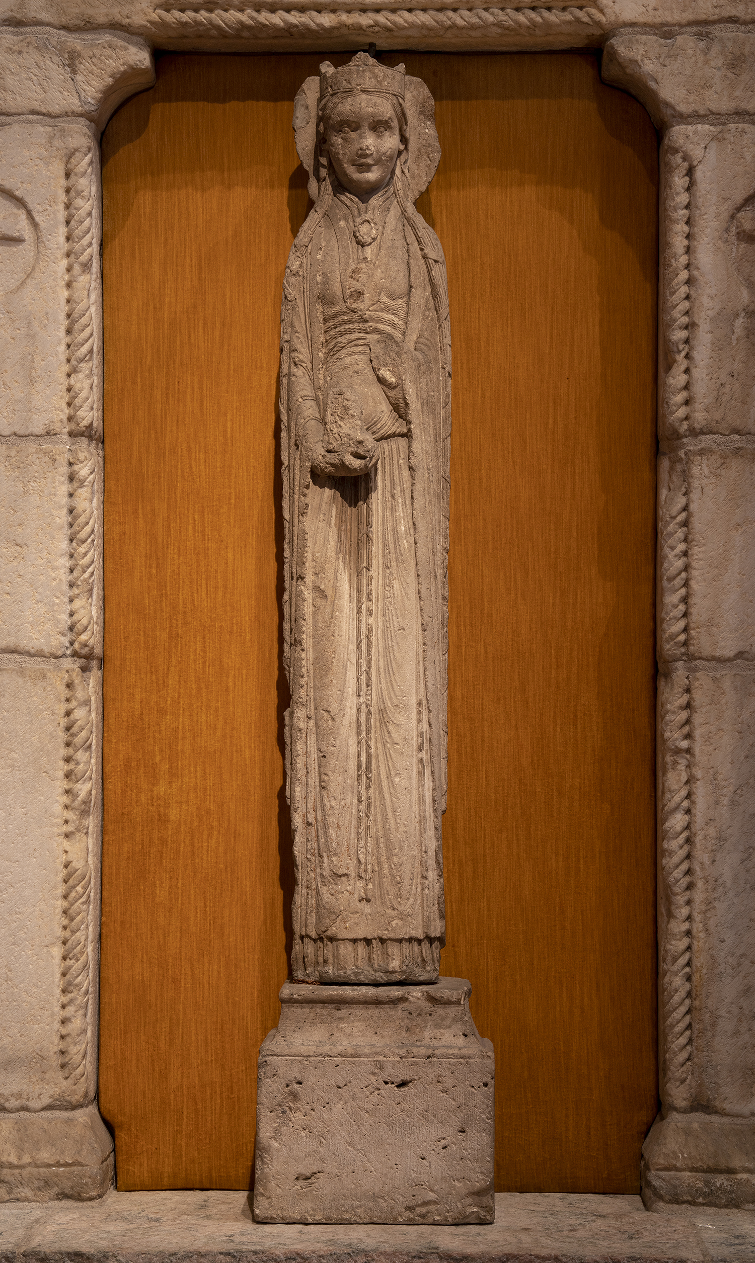 Figure 14:Statue-Column of a Queen, limestone, from the Church of Saint-Thibaut, Provins, c. 1160 (09.SP.103).