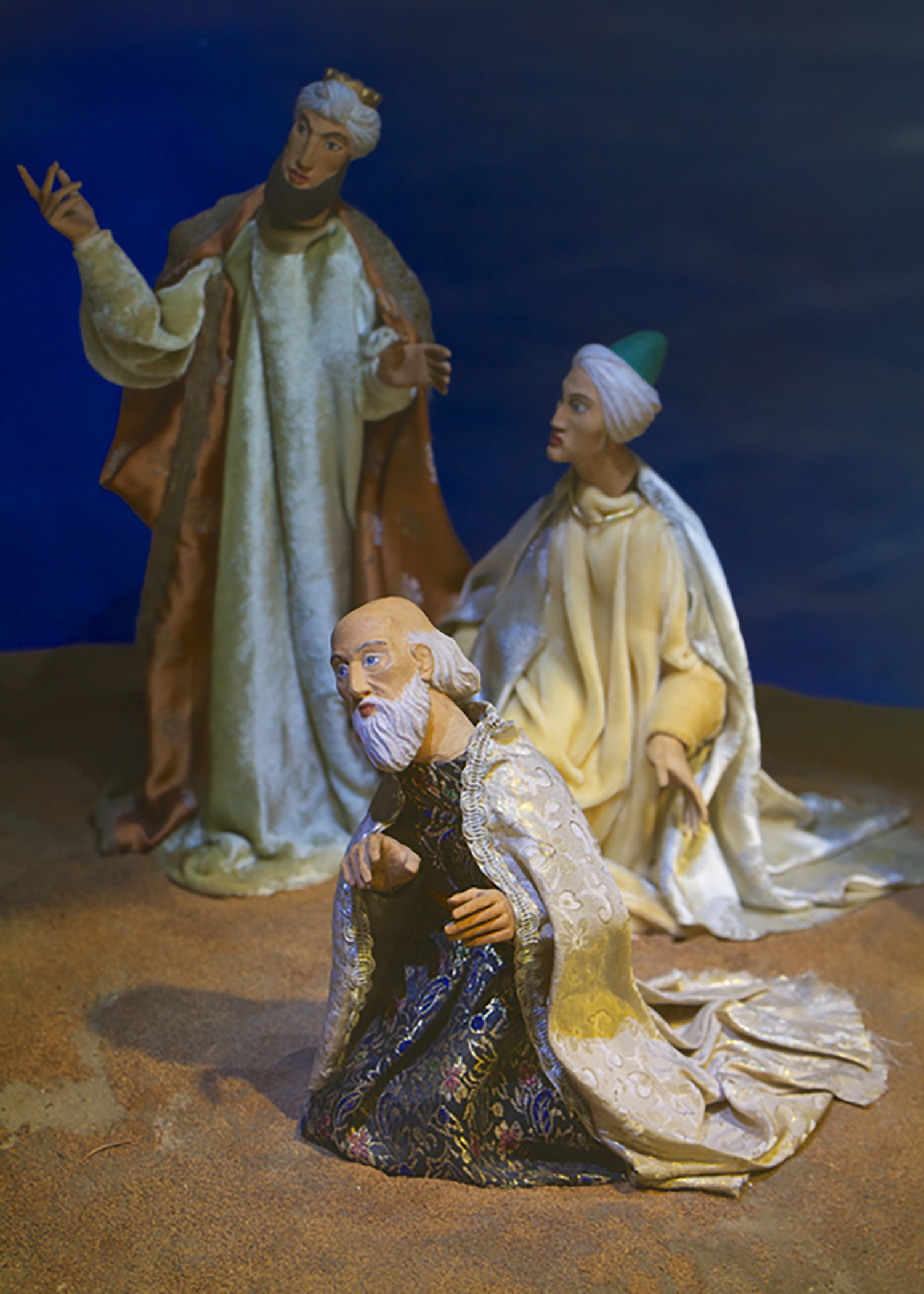 Figure 7: The wise men gazing at the Star of Bethlehem; one of the Nativity scenes from the Eisenhower White House now on exhibit in Gettysburg. Photo: Ed Gyllenhaal.