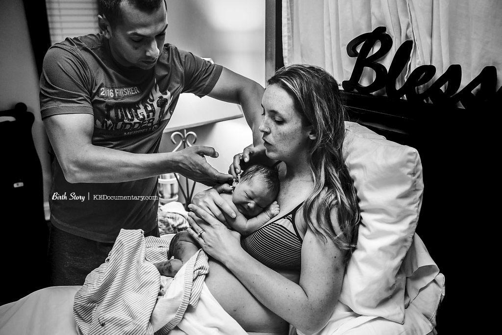 Hello Baby - Chiropractic Care - Newborn Exam - Dallas Birth Photographer