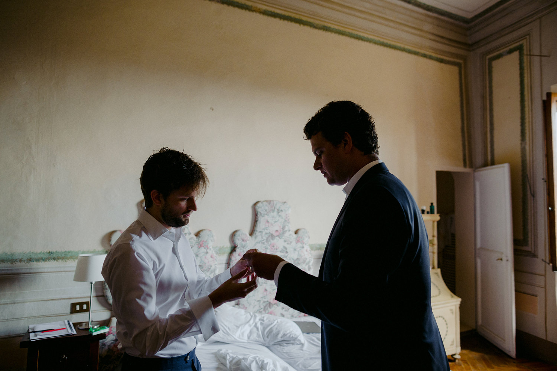 00050_villa-catignano-tuscany-wedding.jpg