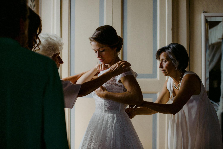 00068_villa-catignano-tuscany-wedding.jpg