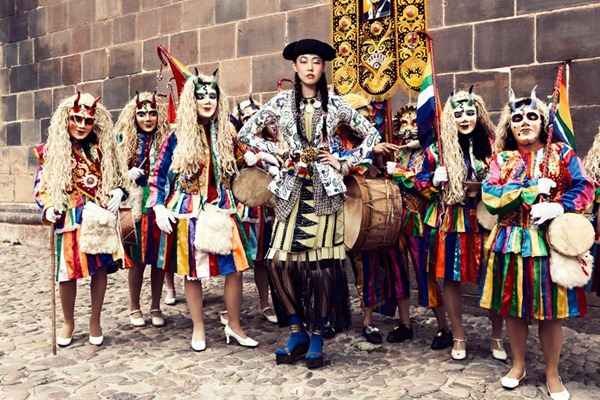Han-Hye-Jin-2012-Vogue-kr-1_thumb.jpg