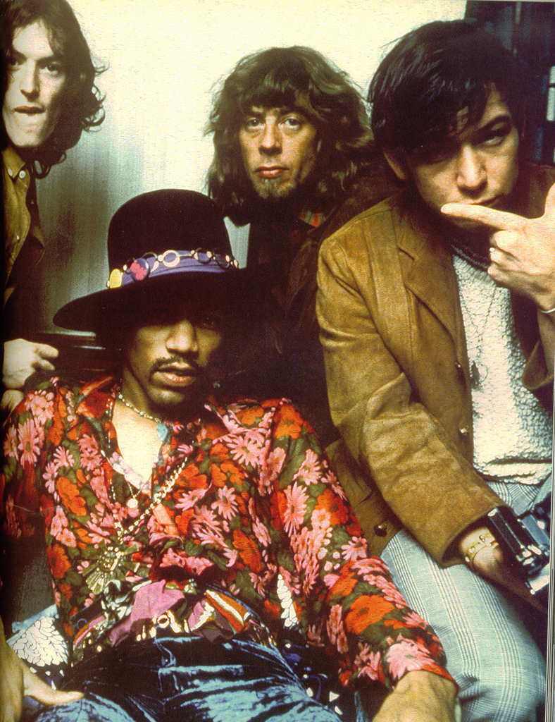 Jimi-Hendrix-jimi-hendrix-3198735-788-1024.jpg