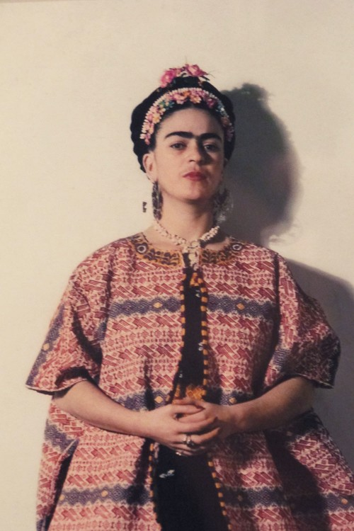 Frida-Kahlo-photo-outfit-e1381425985646.jpg