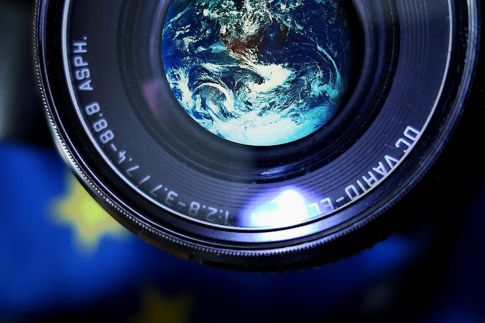 camera-2752939_960_720.jpg