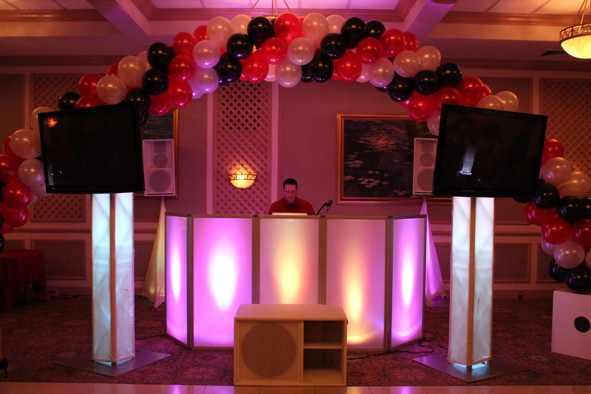 DJ Set-up with TVs.JPG