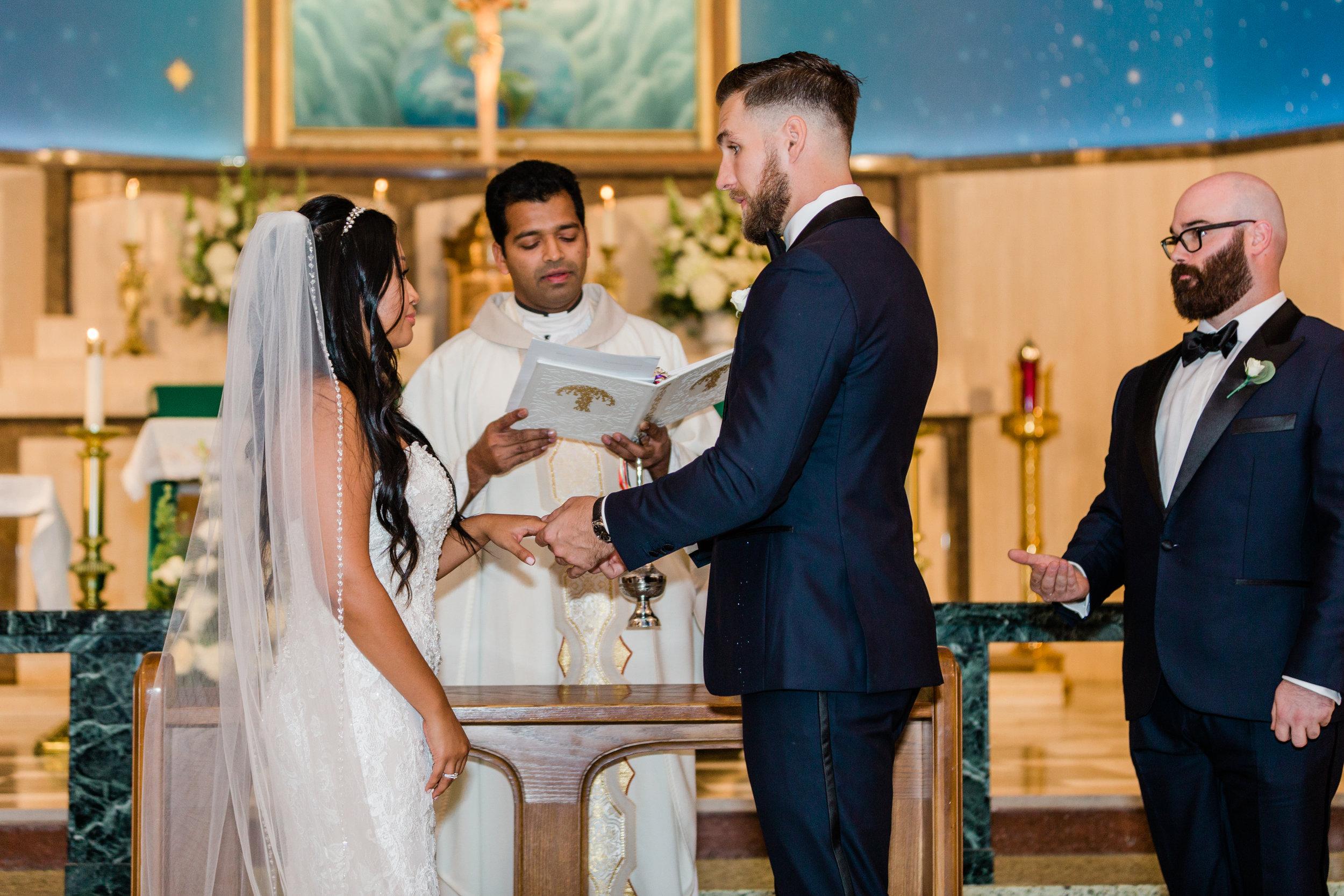 Raedawn and George - Married - Sneak Peeks - Lauren Alisse Photography-25.jpg