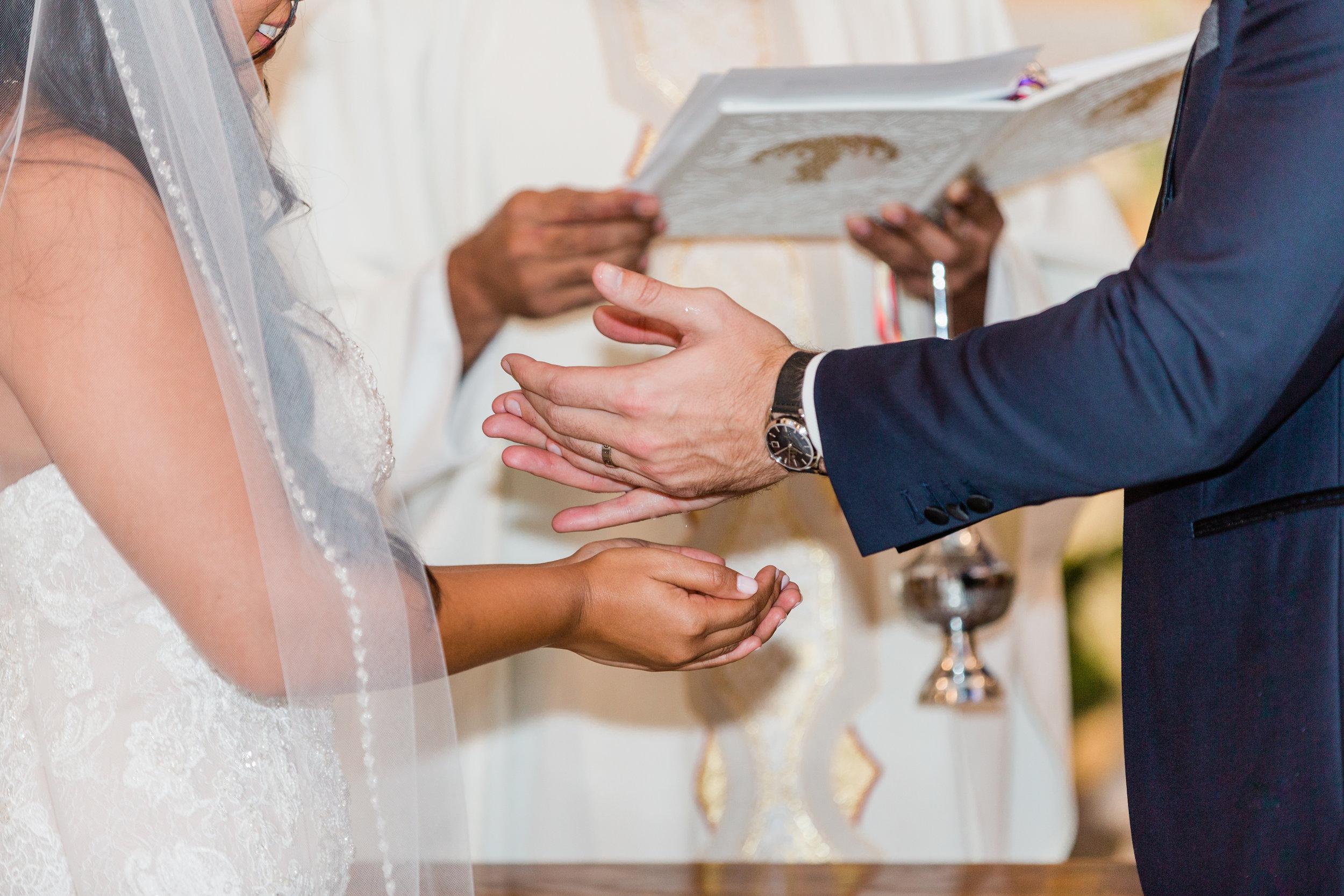 Raedawn and George - Married - Sneak Peeks - Lauren Alisse Photography-26.jpg