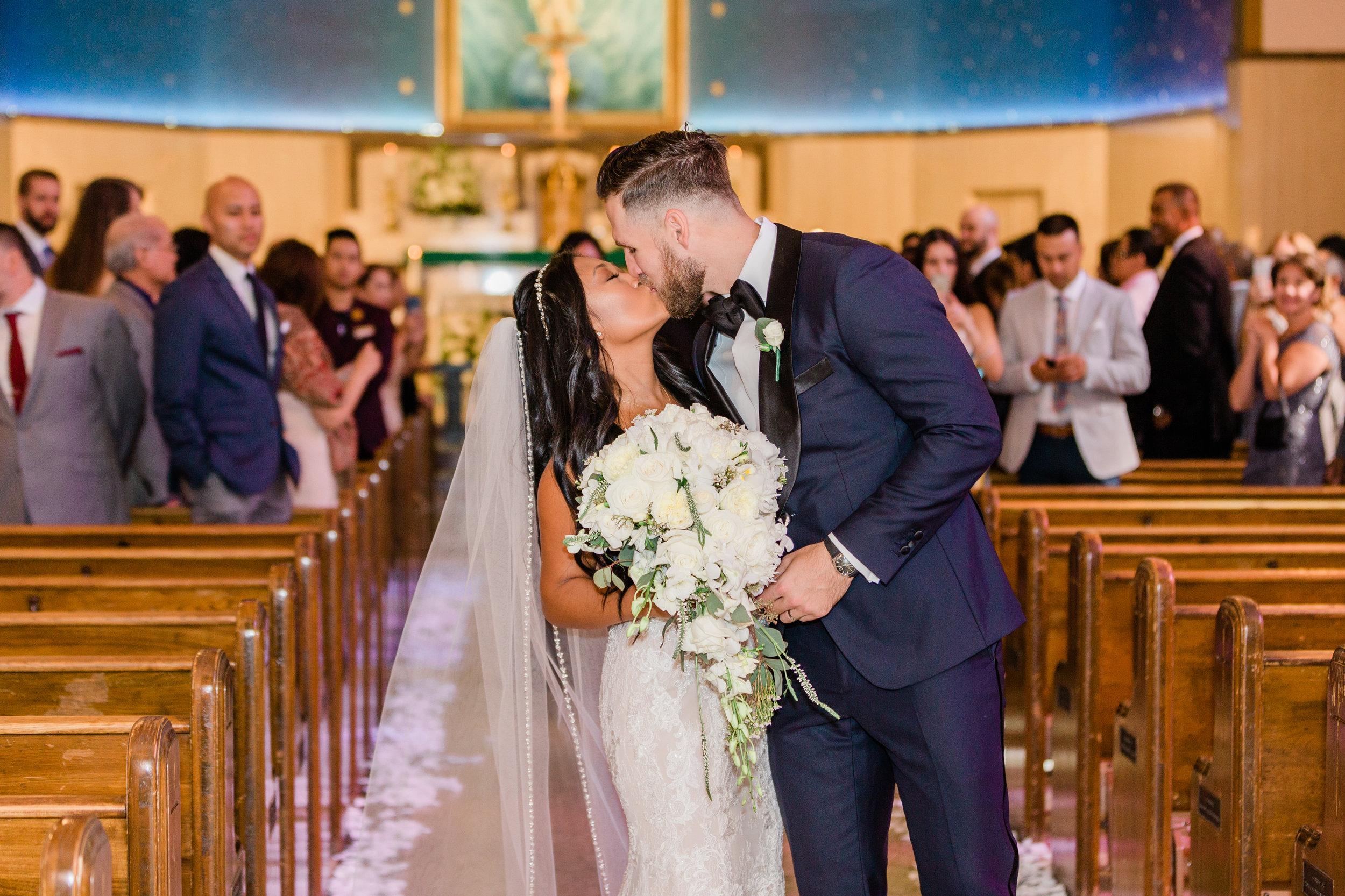 Raedawn and George - Married - Sneak Peeks - Lauren Alisse Photography-28.jpg