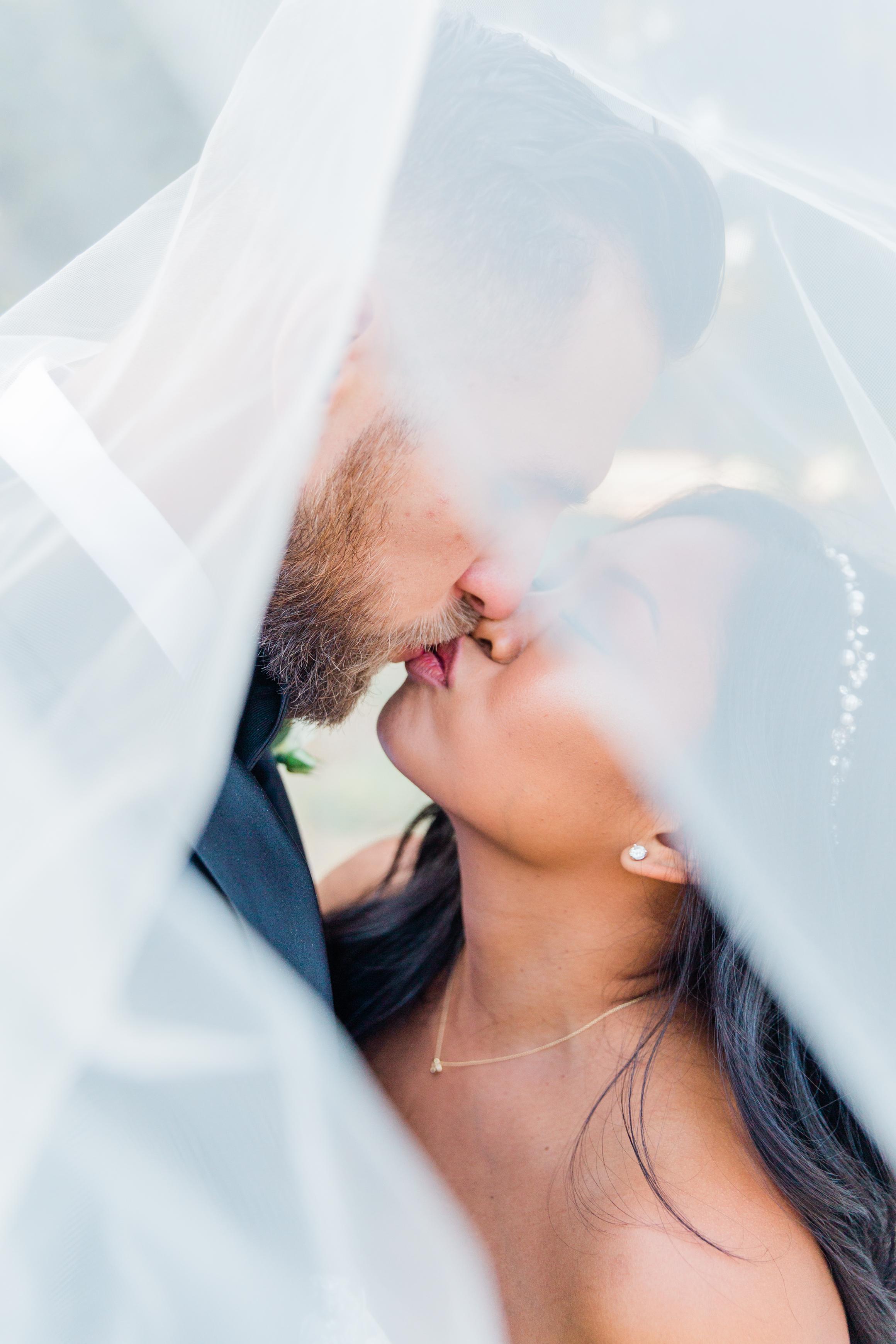 Raedawn and George - Married - Sneak Peeks - Lauren Alisse Photography-39.jpg