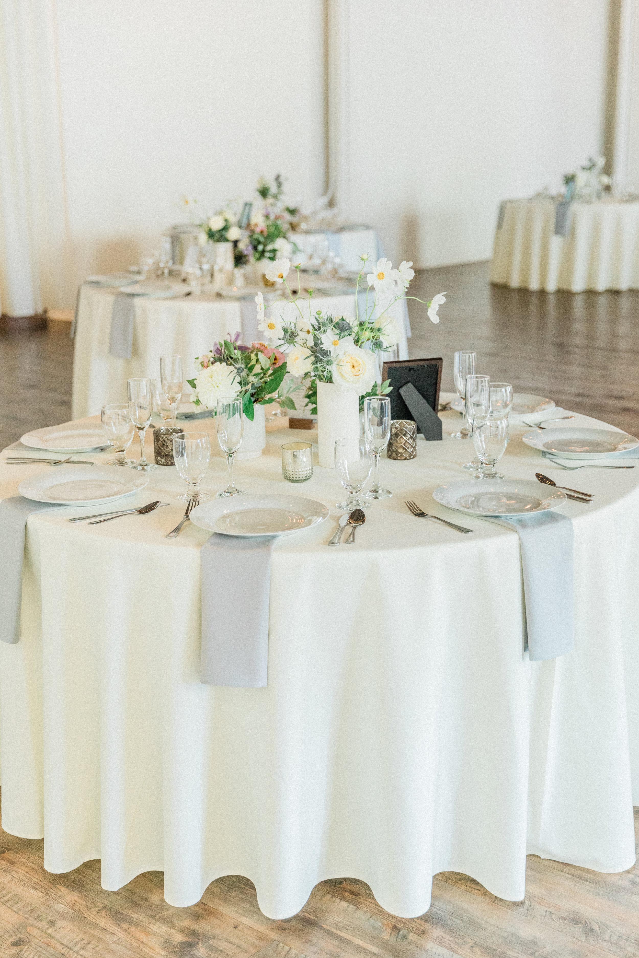 Mallory and Aaron - Married - Sneaks - Lauren Alisse Photography-29.jpg