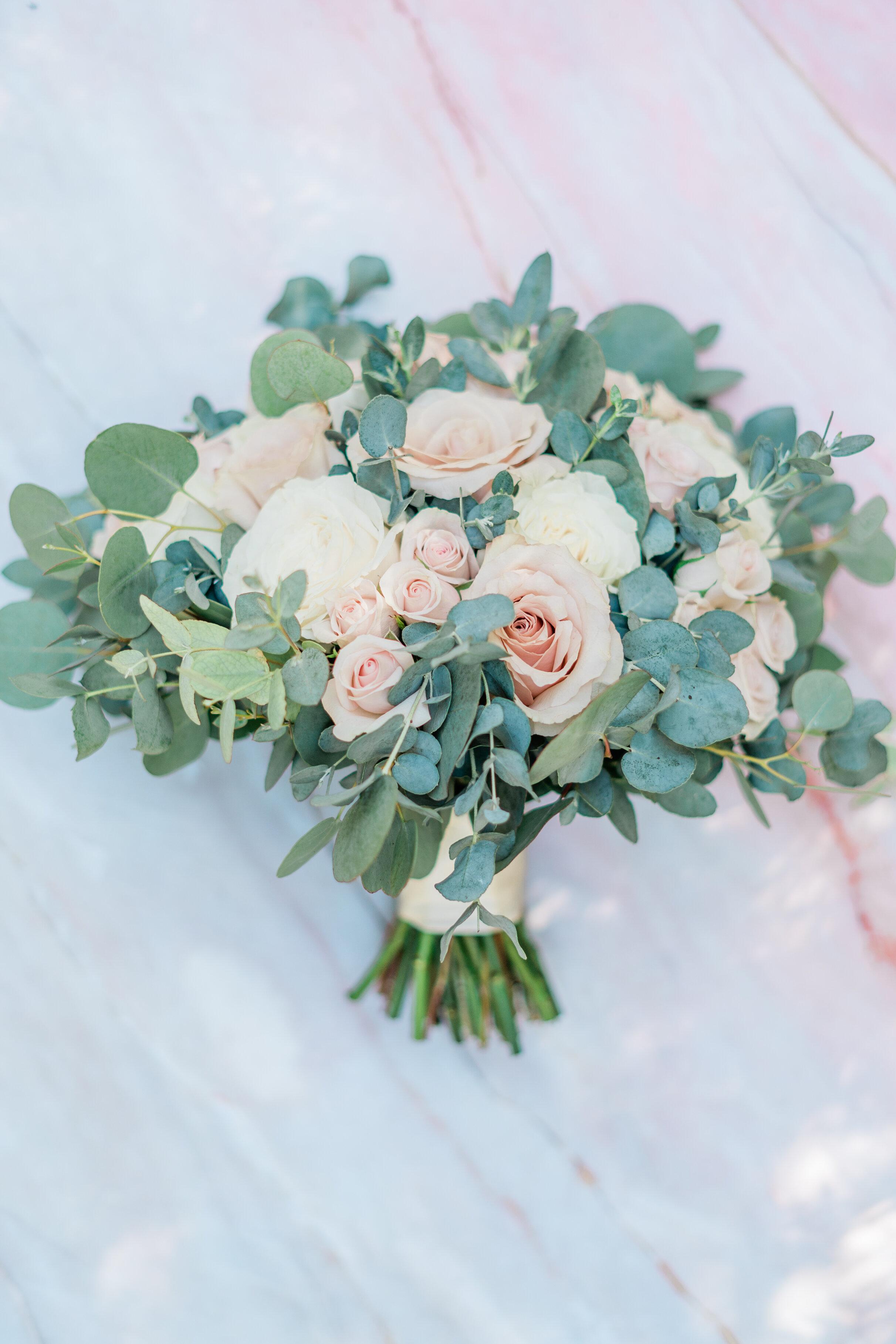 Leanne and Joe - Married - Sneak Peeks - Lauren Alisse Photography-2.jpg