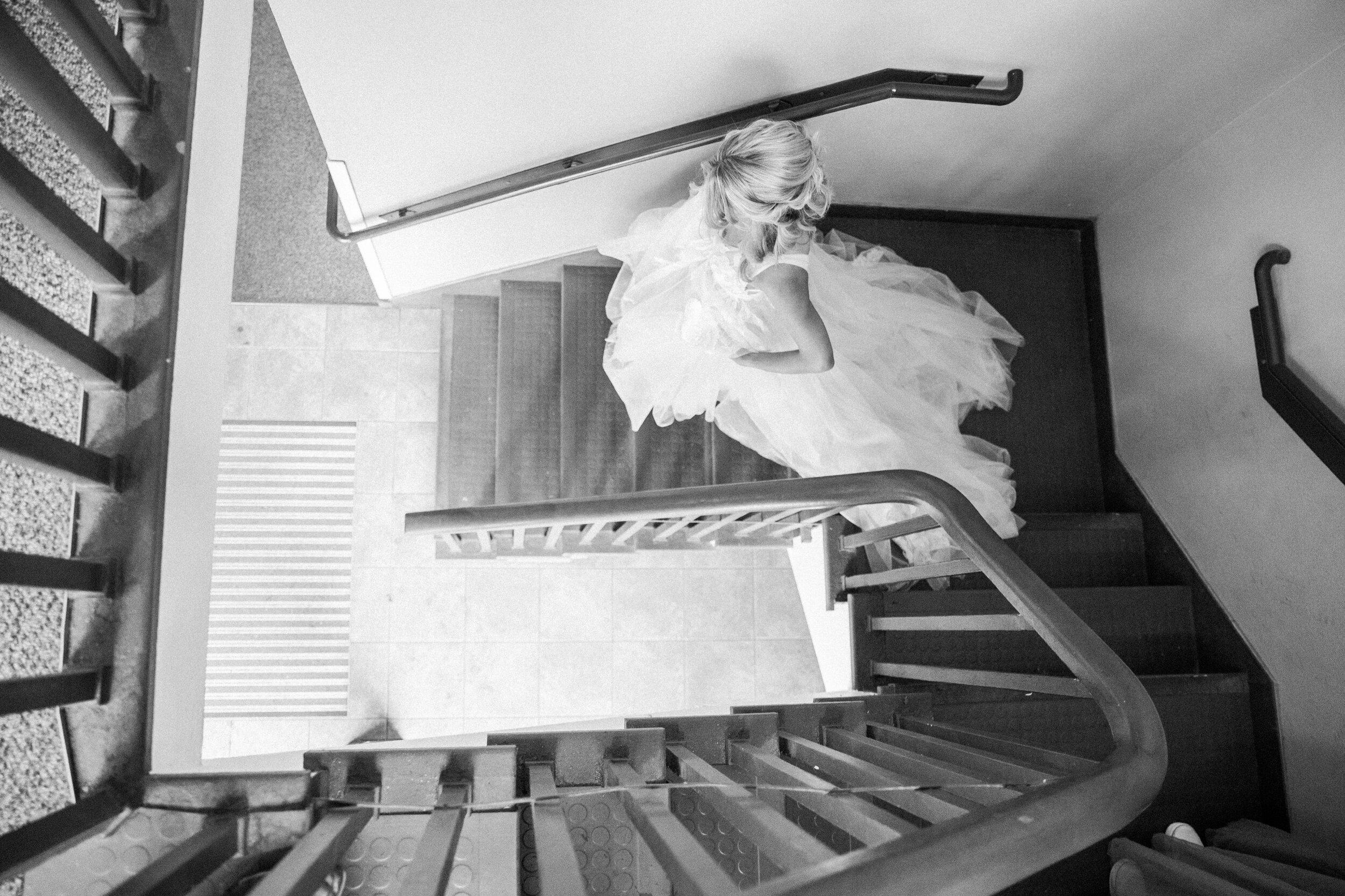 Leanne and Joe - Married - Sneak Peeks - Lauren Alisse Photography-8.jpg