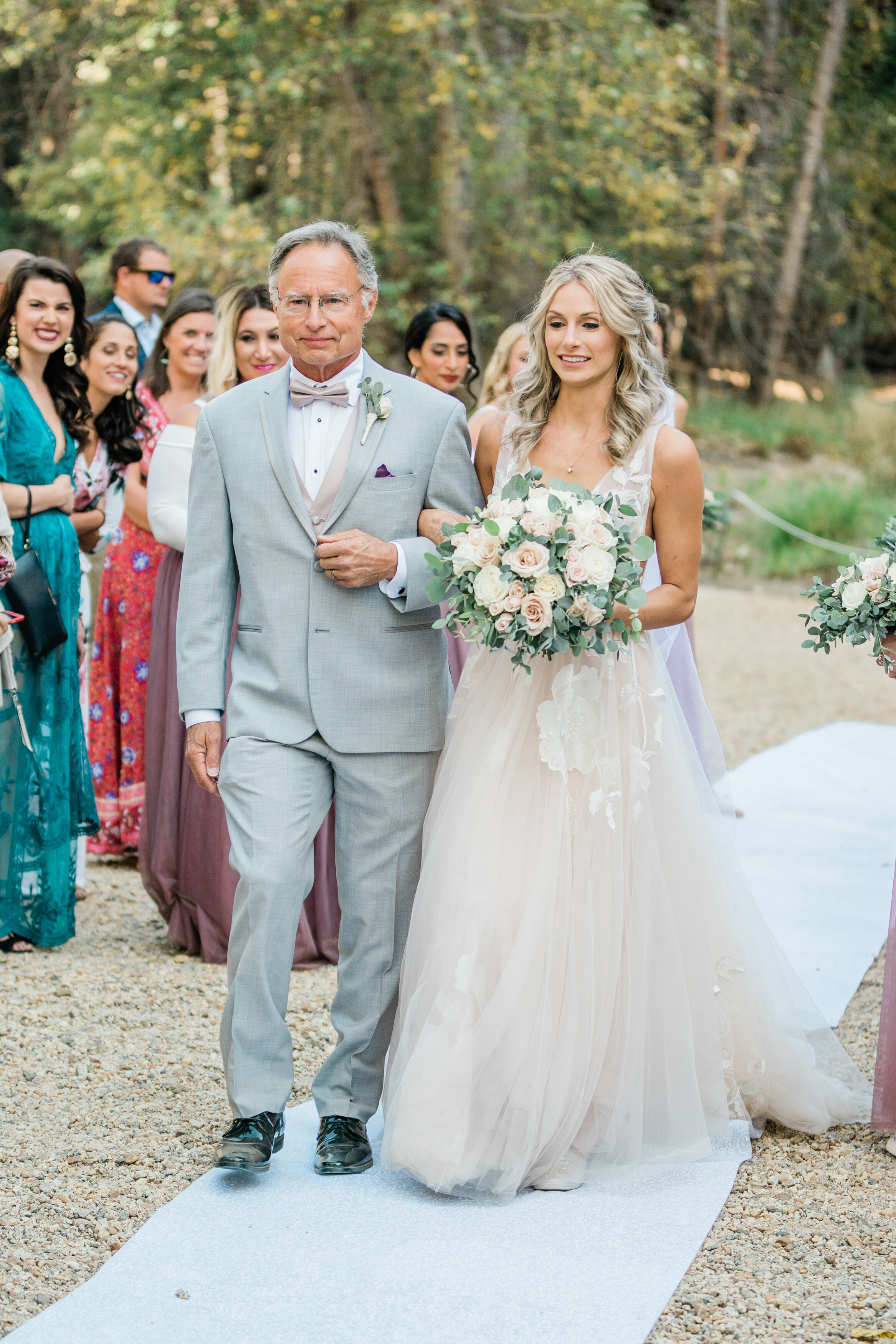 Leanne and Joe - Married - Sneak Peeks - Lauren Alisse Photography-14.jpg