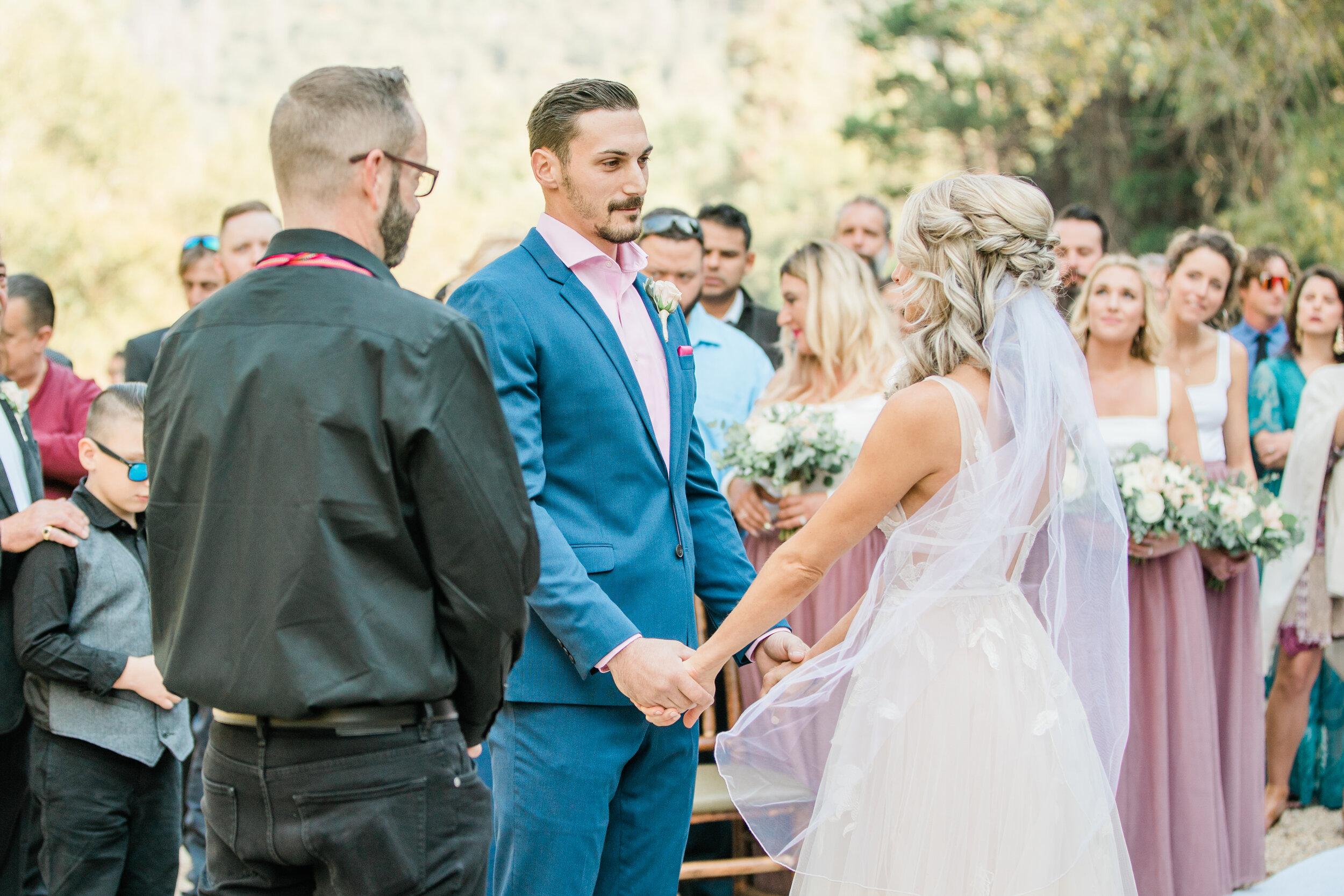 Leanne and Joe - Married - Sneak Peeks - Lauren Alisse Photography-16.jpg