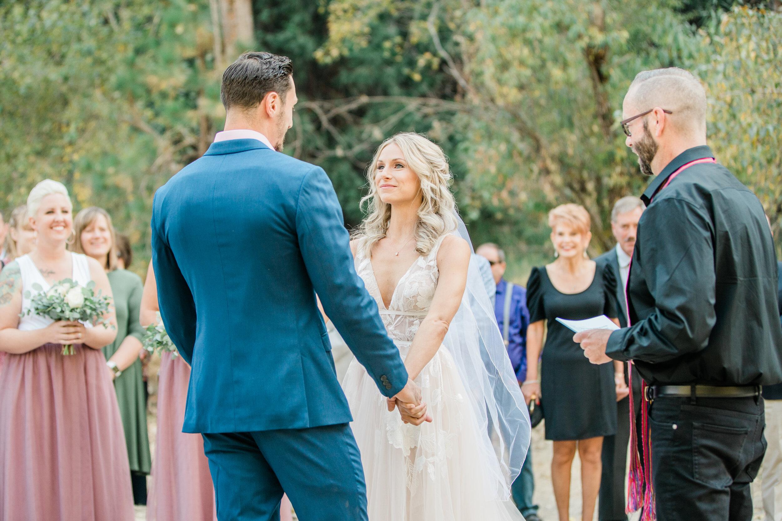 Leanne and Joe - Married - Sneak Peeks - Lauren Alisse Photography-17.jpg