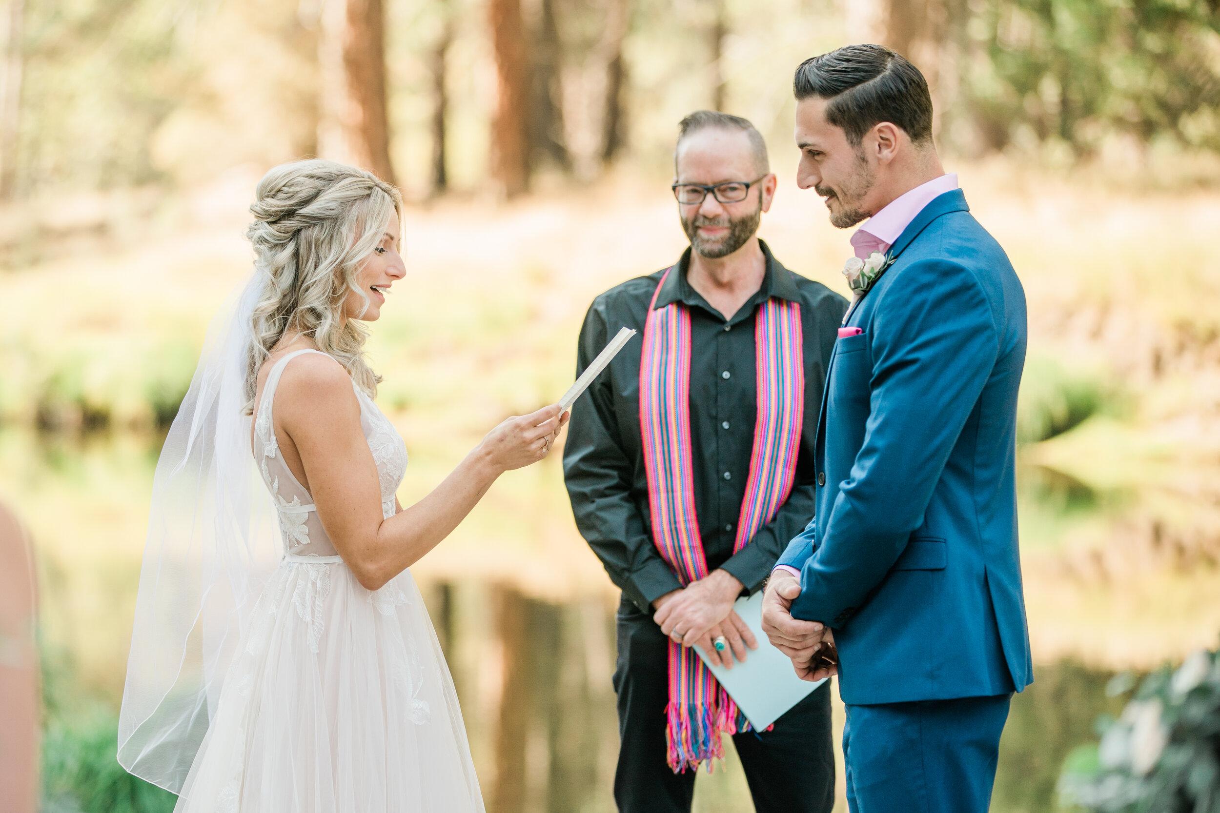 Leanne and Joe - Married - Sneak Peeks - Lauren Alisse Photography-18.jpg